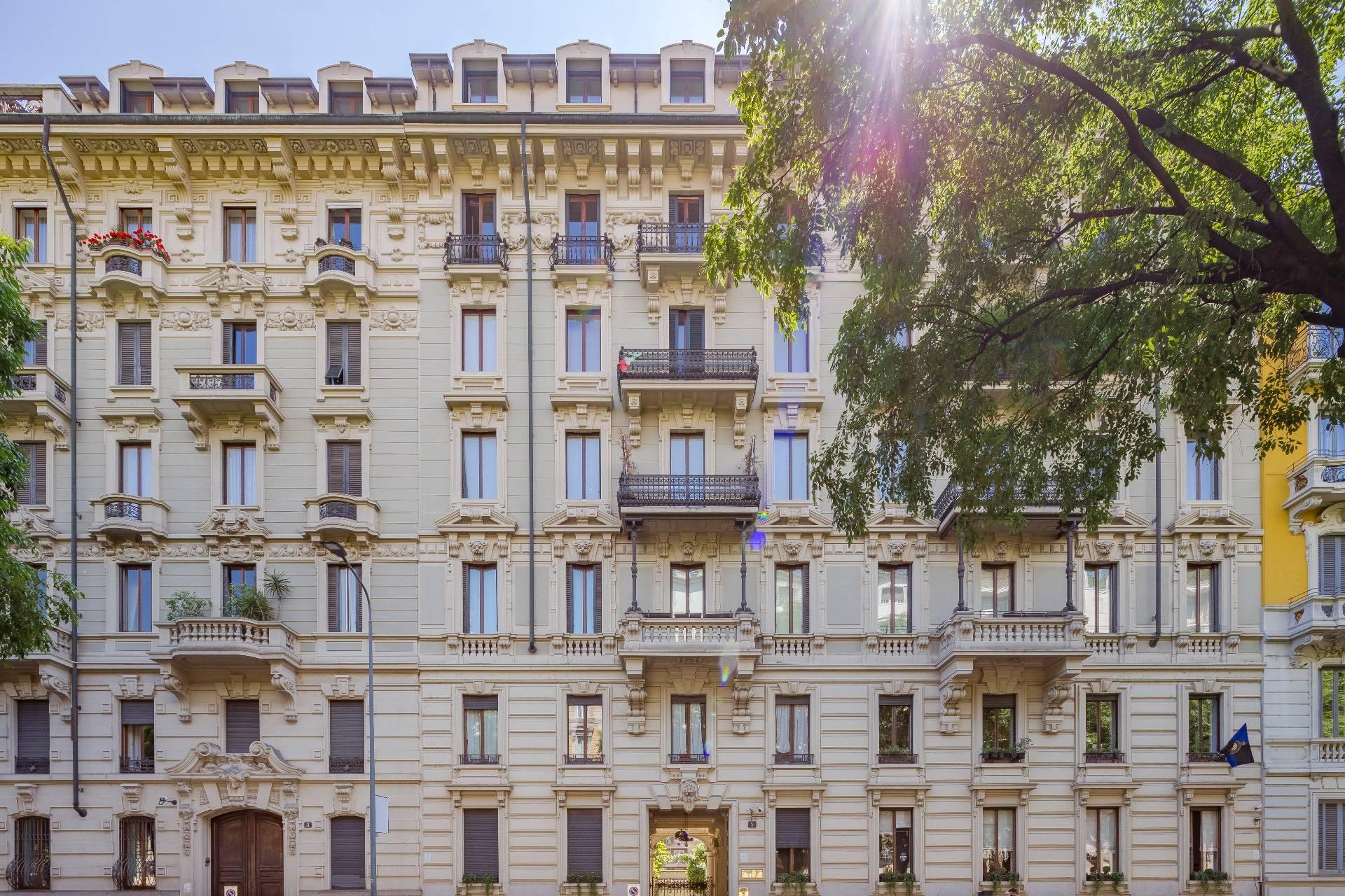 Appartamento in Vendita a Milano porta viale di vercellina