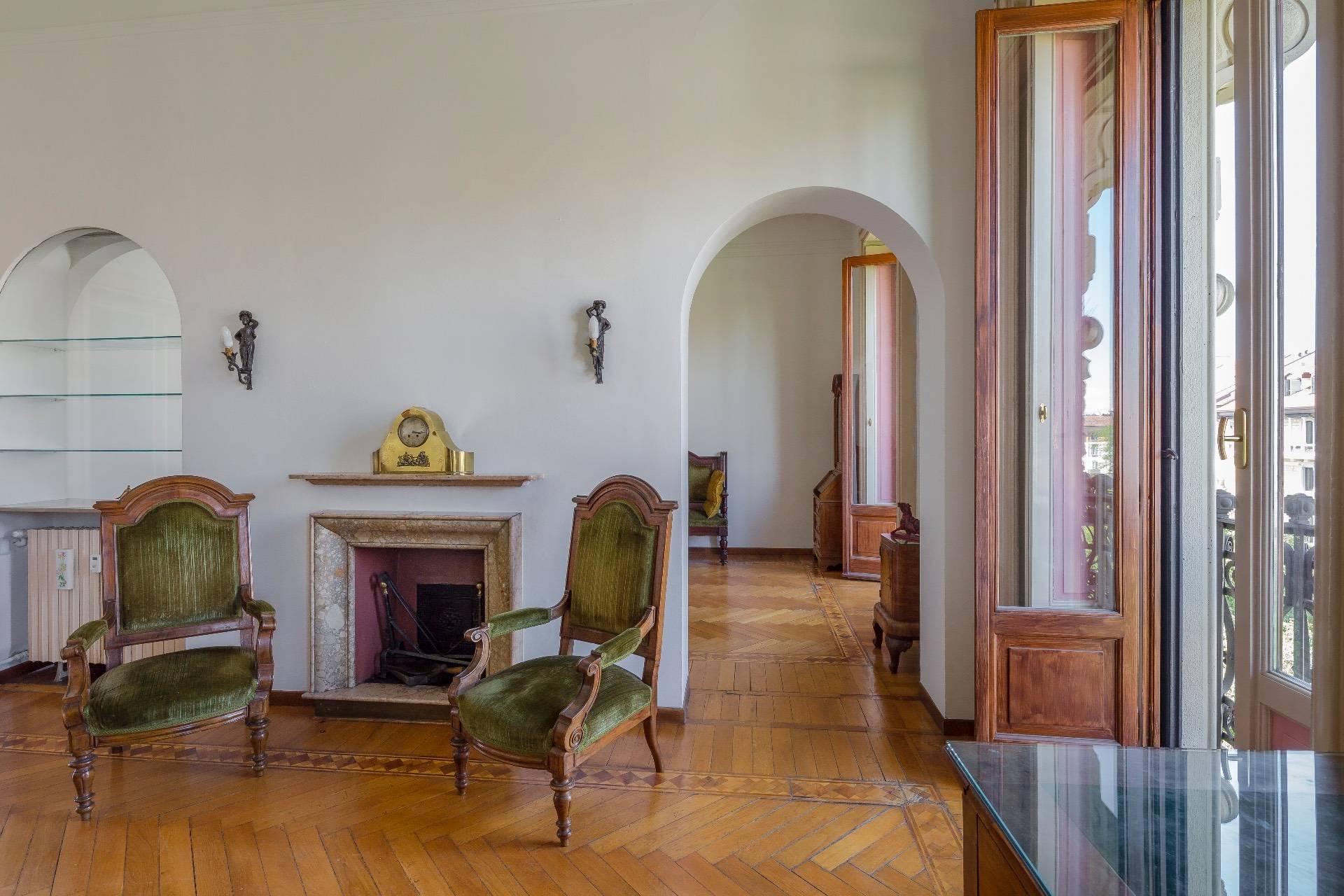 Appartamento in Vendita a Milano: 5 locali, 285 mq - Foto 3