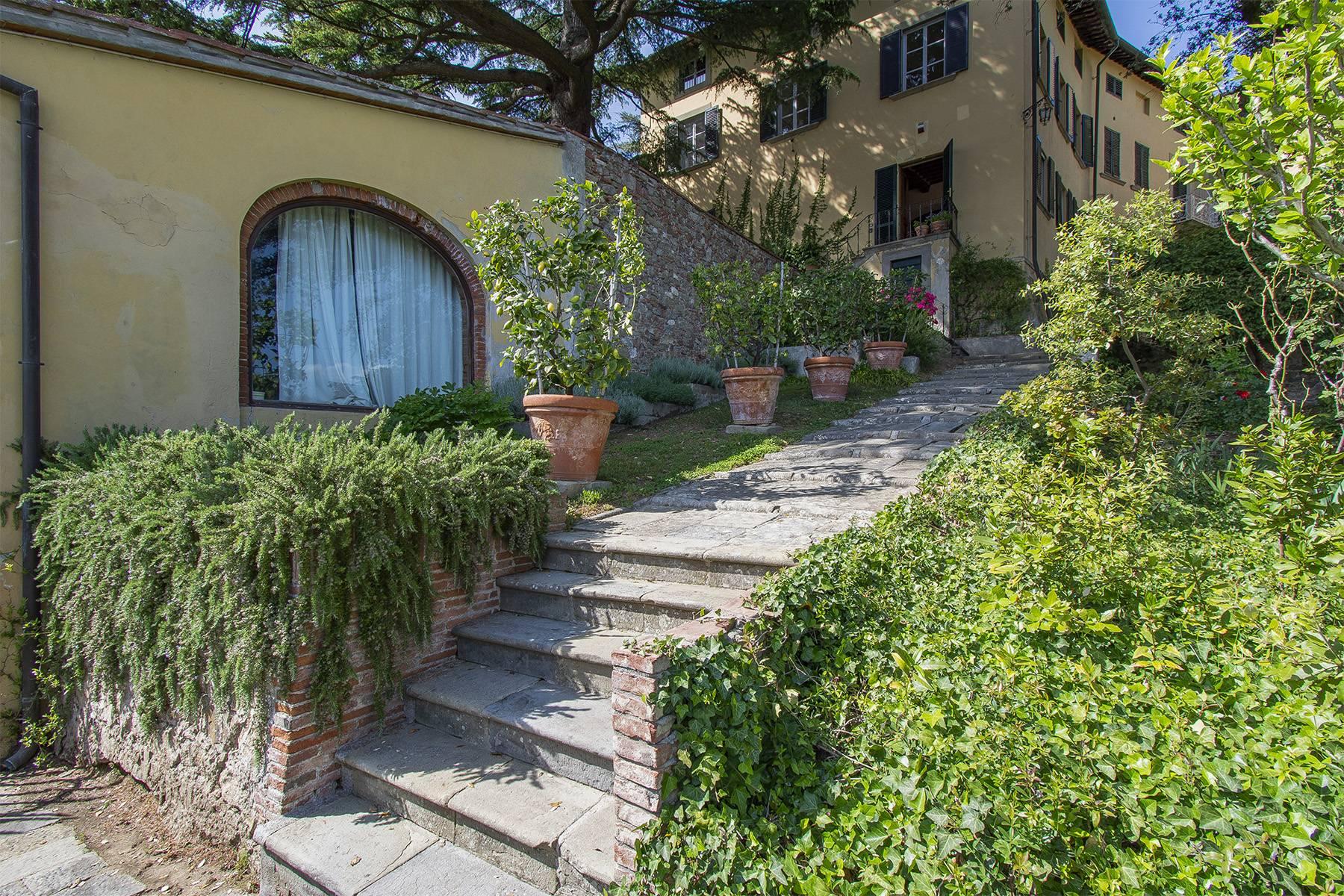 Villa in Vendita a Capannori: 5 locali, 380 mq - Foto 2