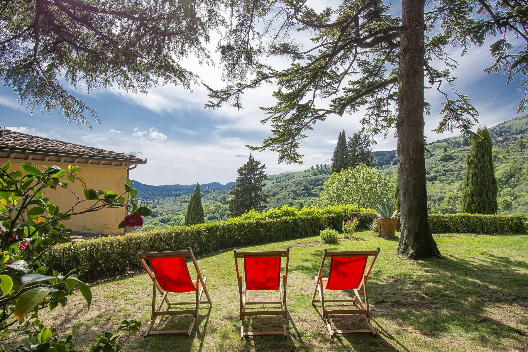 Villa in Vendita a Capannori: 5 locali, 380 mq - Foto 1