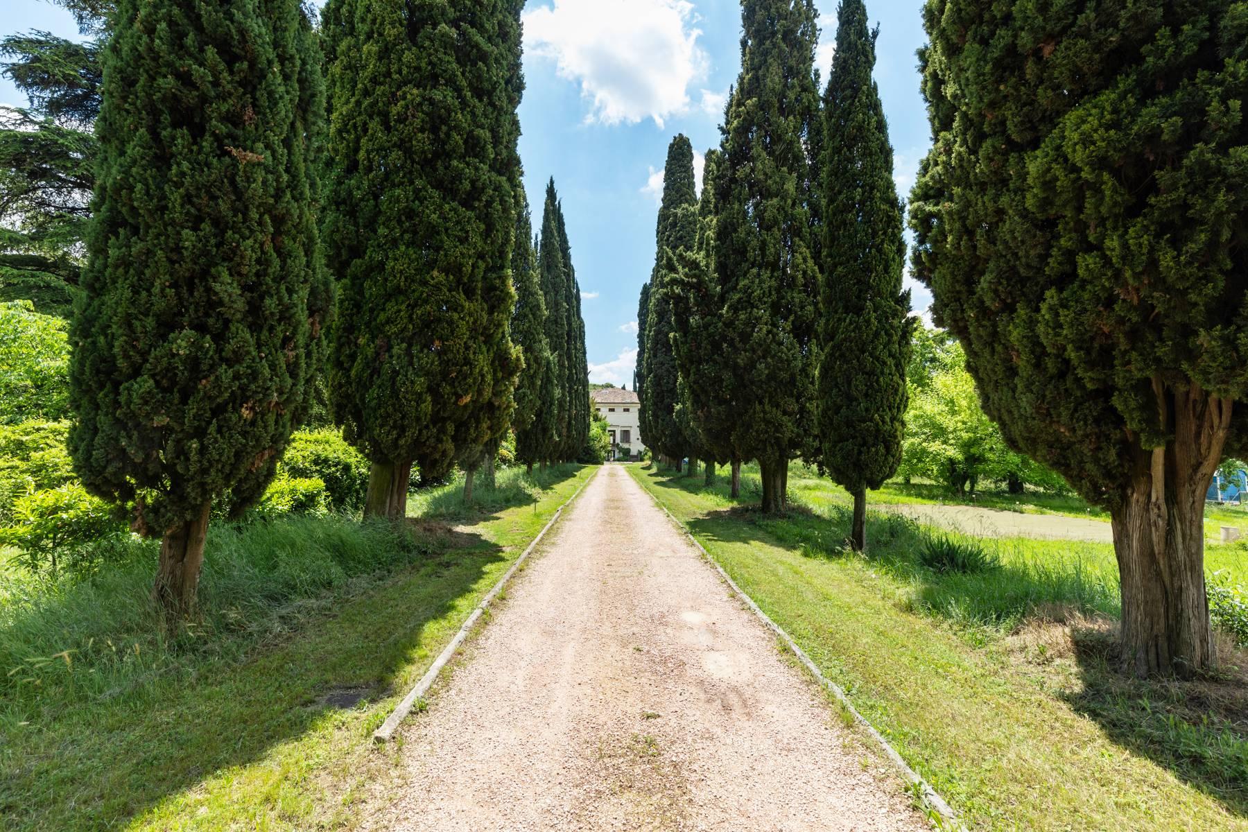Villa in Vendita a Verona: 5 locali, 2400 mq - Foto 15