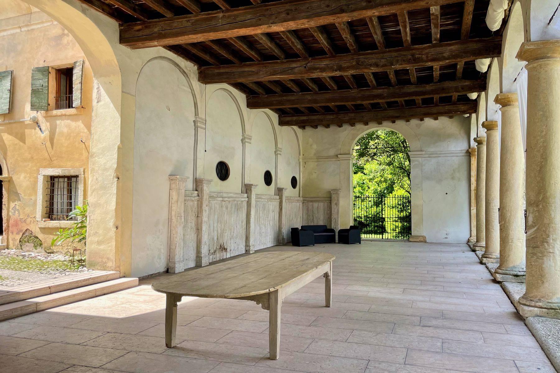 Villa in Vendita a Verona: 5 locali, 2400 mq - Foto 29