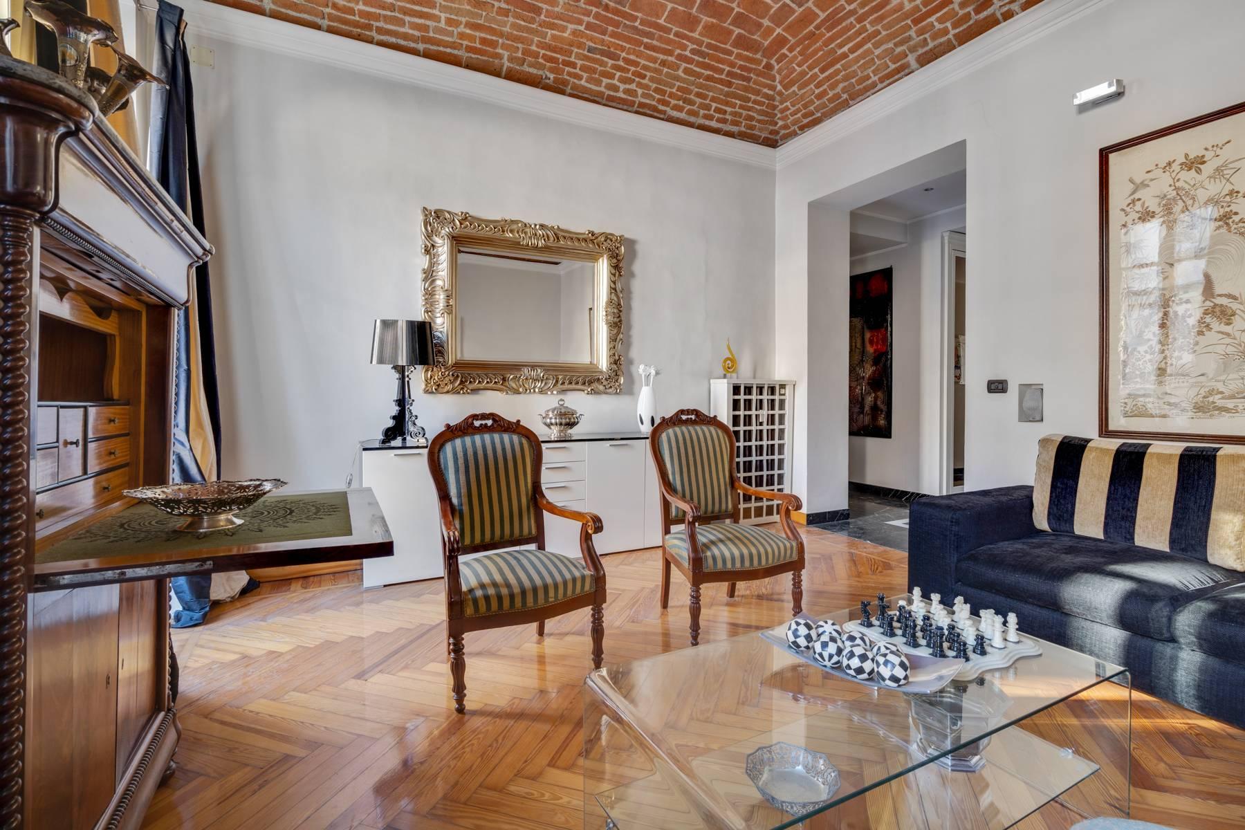 Appartamento in Vendita a Torino: 4 locali, 112 mq - Foto 2