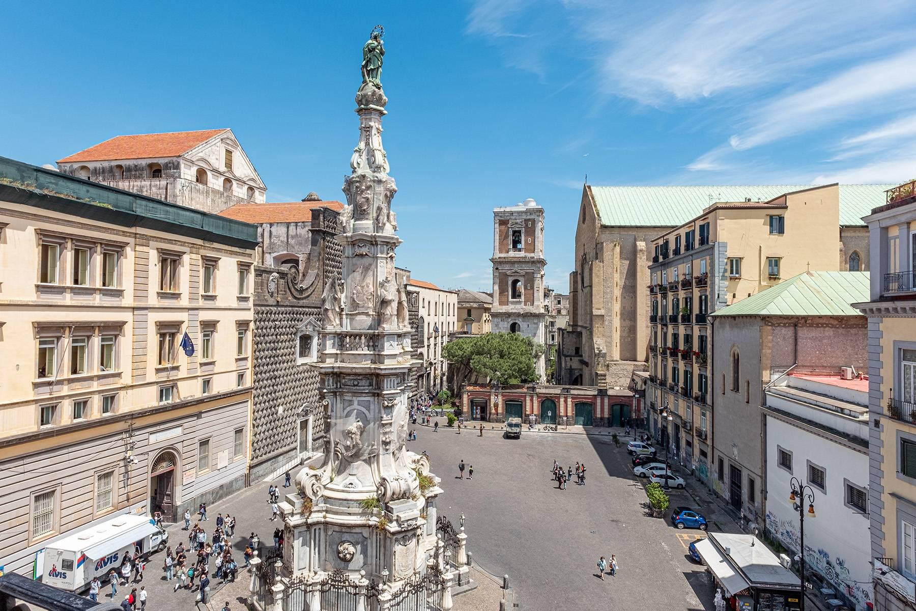 Appartamento in Affitto a Napoli: 5 locali, 368 mq - Foto 8