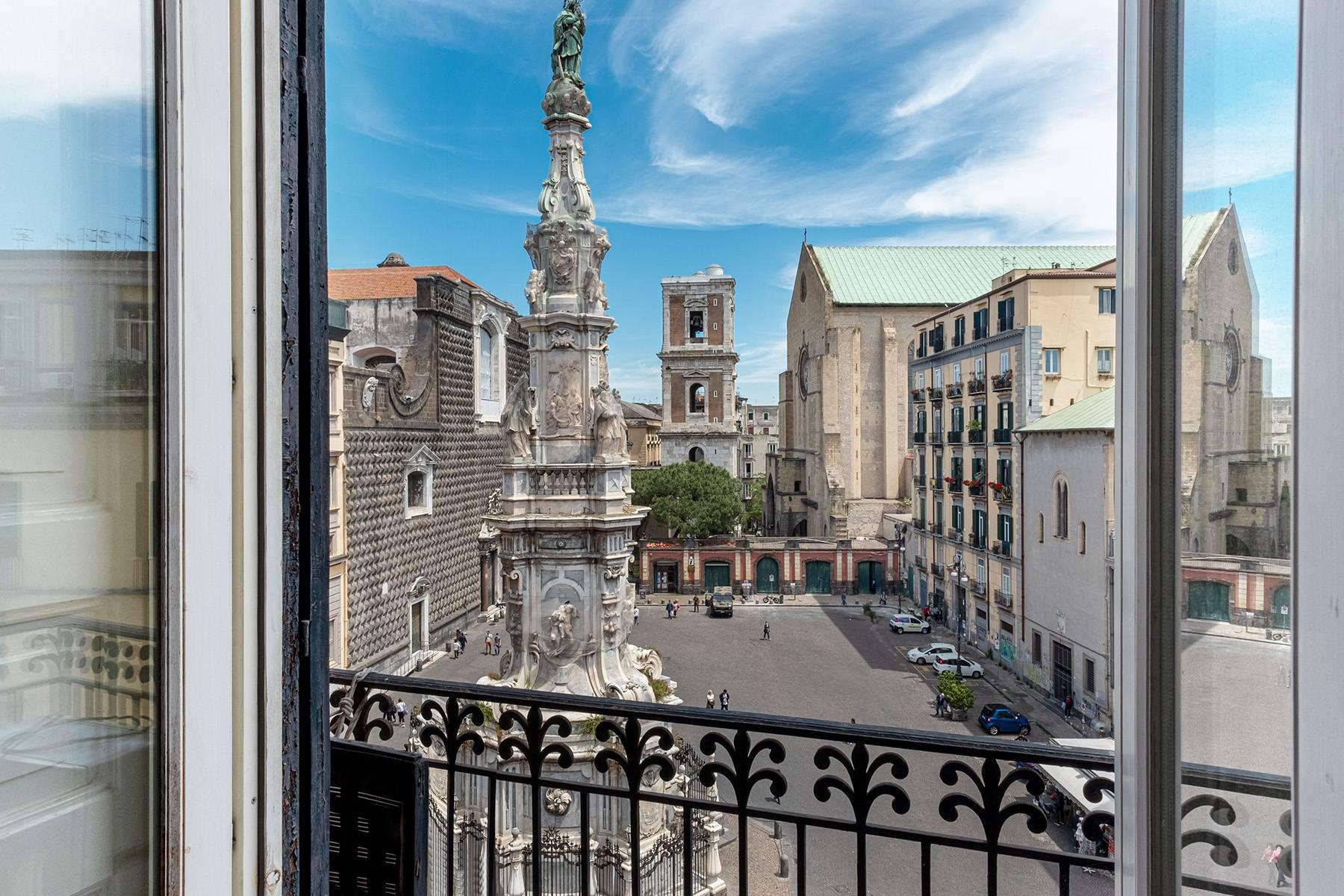 Appartamento in Affitto a Napoli: 5 locali, 368 mq - Foto 16