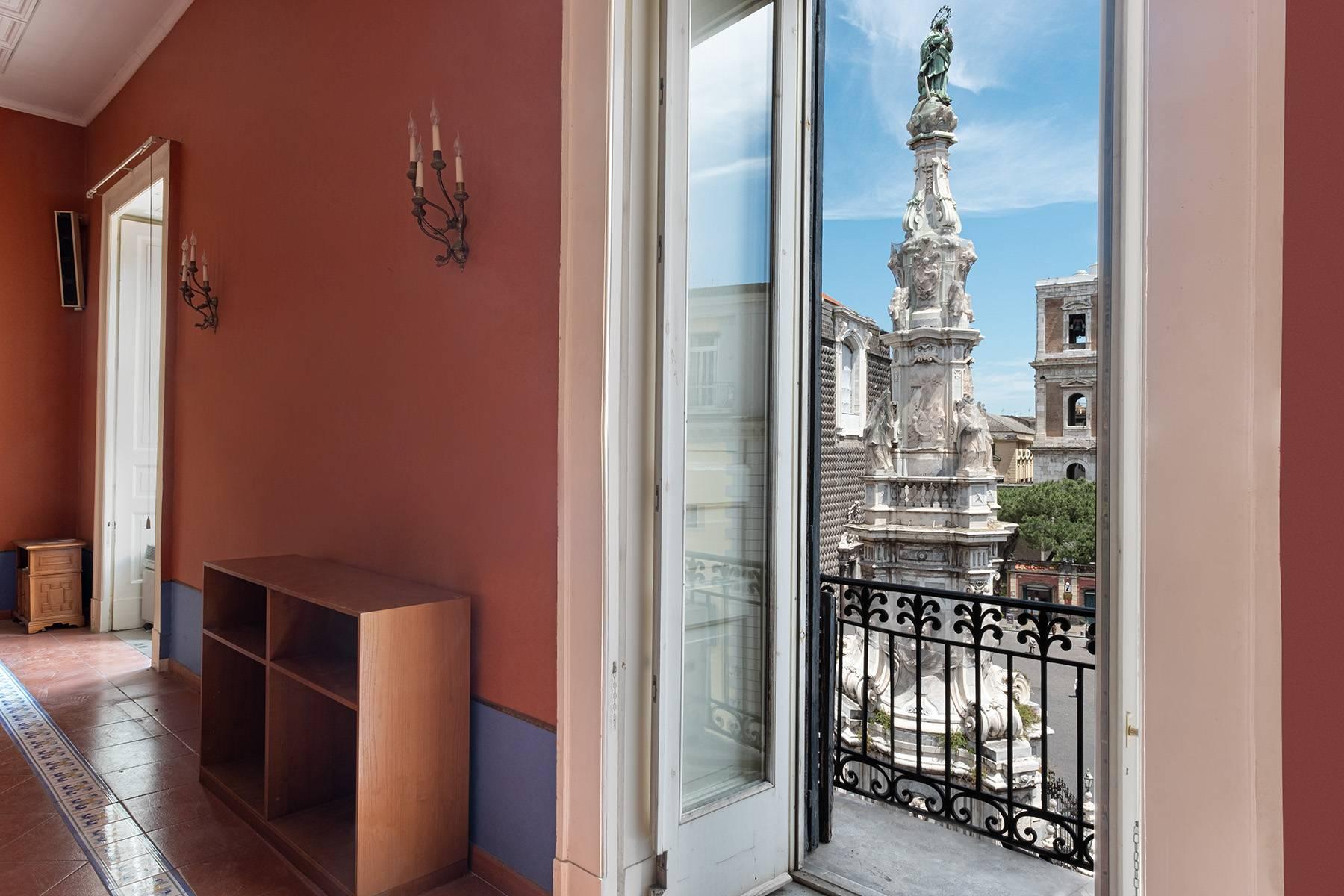 Appartamento in Affitto a Napoli: 5 locali, 368 mq - Foto 17