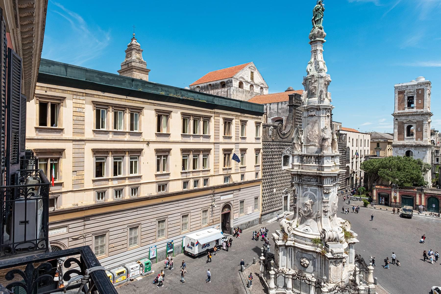 Appartamento in Affitto a Napoli: 5 locali, 368 mq - Foto 18