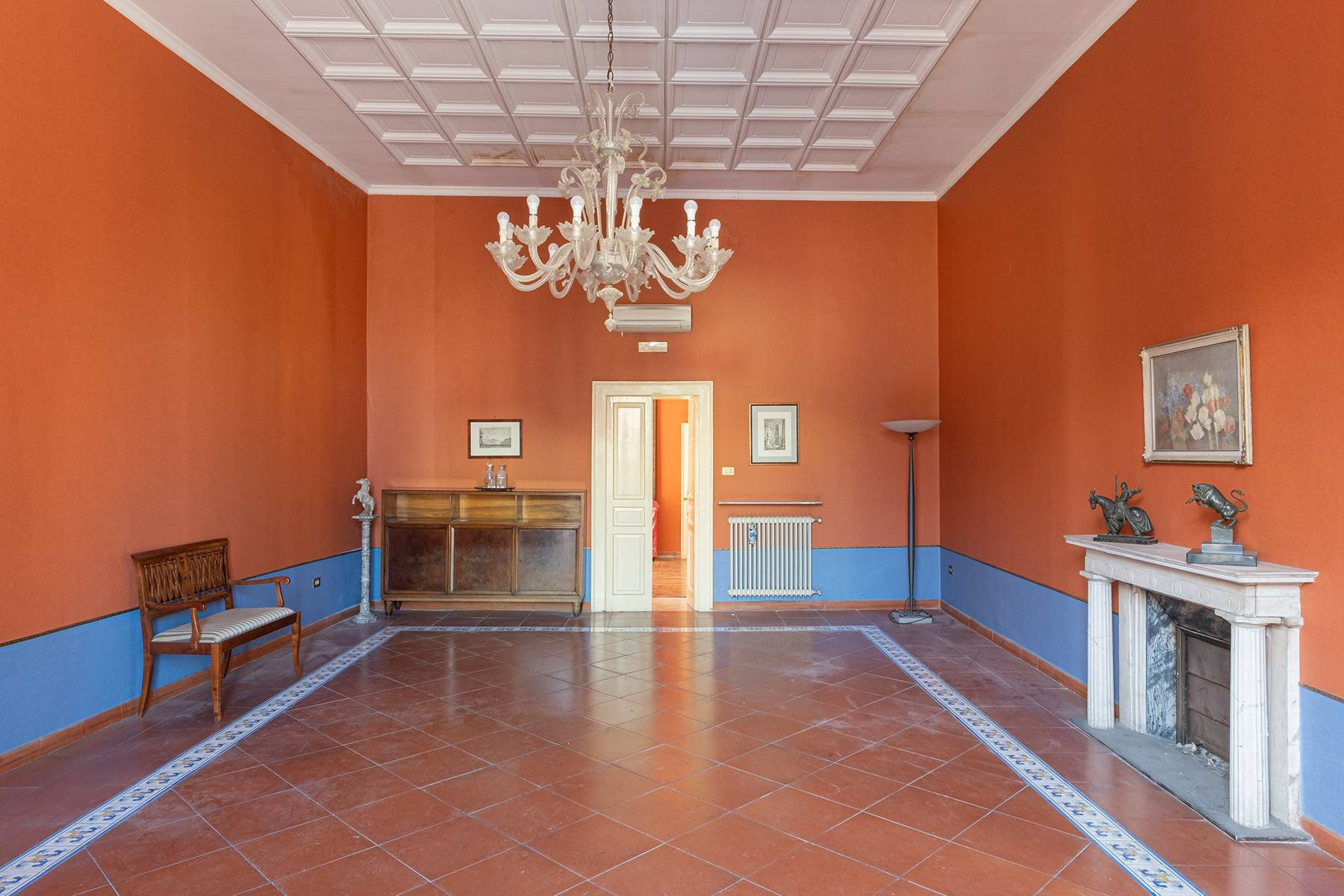 Appartamento in Affitto a Napoli: 5 locali, 368 mq - Foto 3