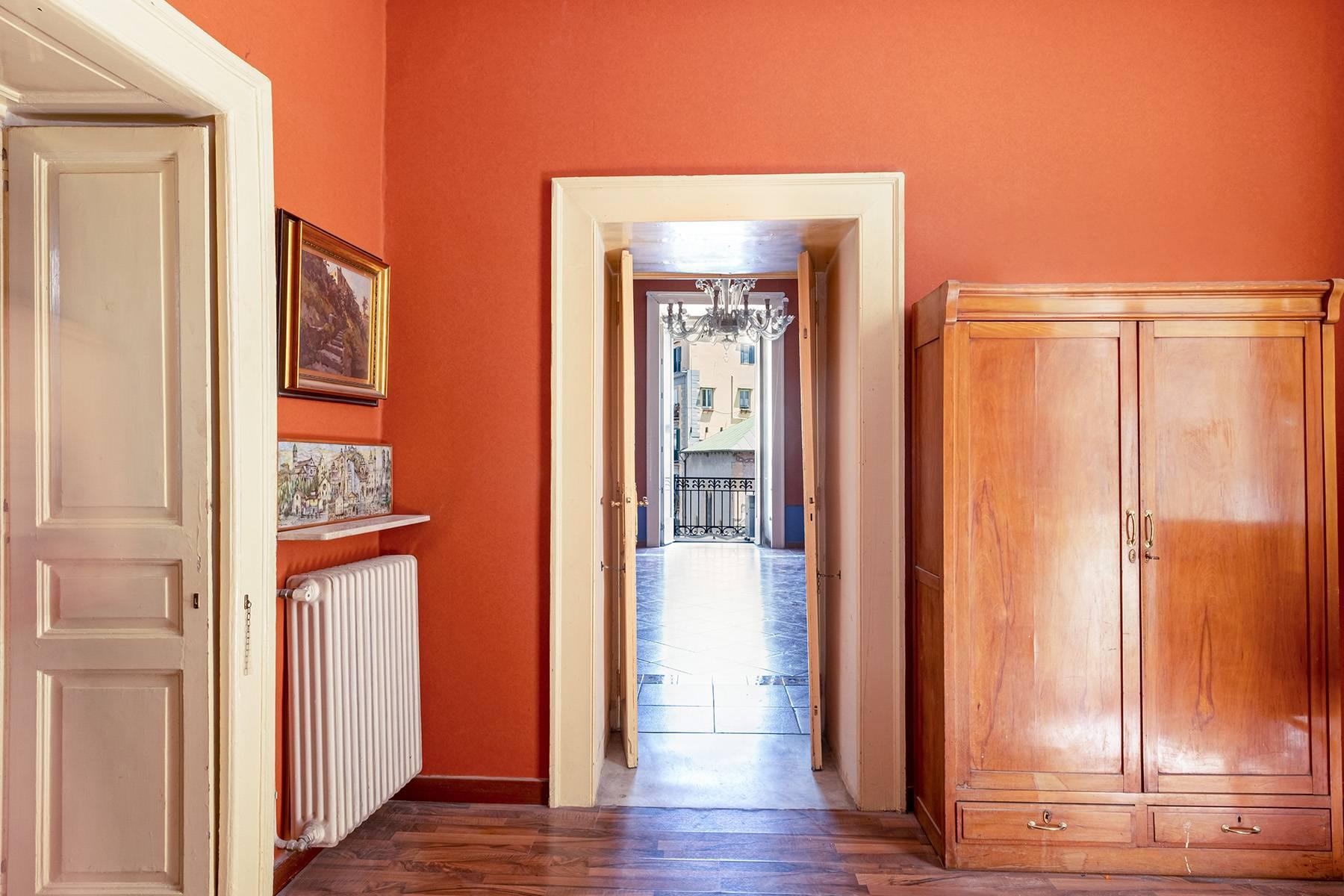 Appartamento in Affitto a Napoli: 5 locali, 368 mq - Foto 10