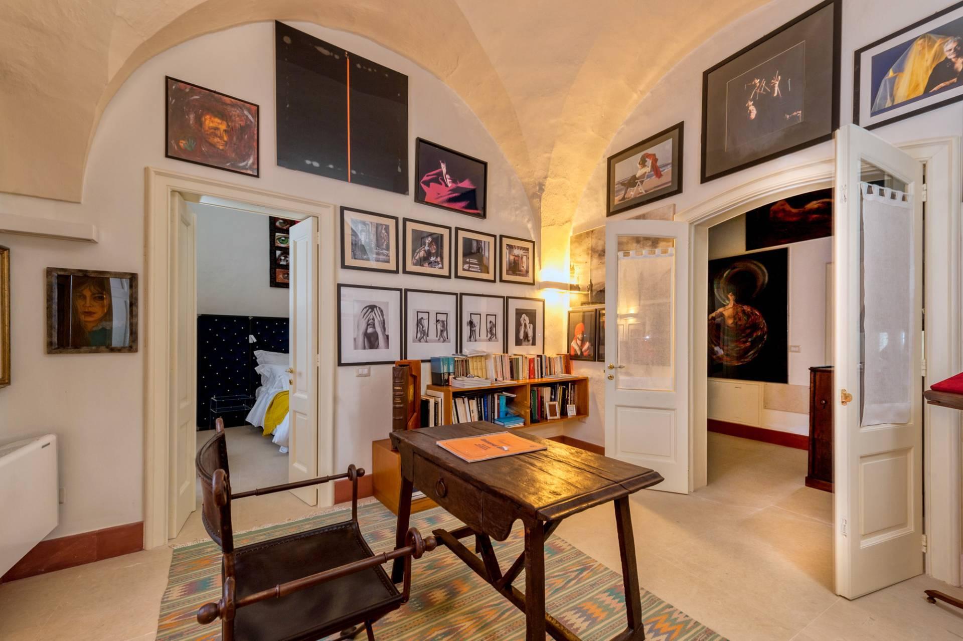 Palazzo in Affitto a Lequile: 5 locali, 500 mq - Foto 29
