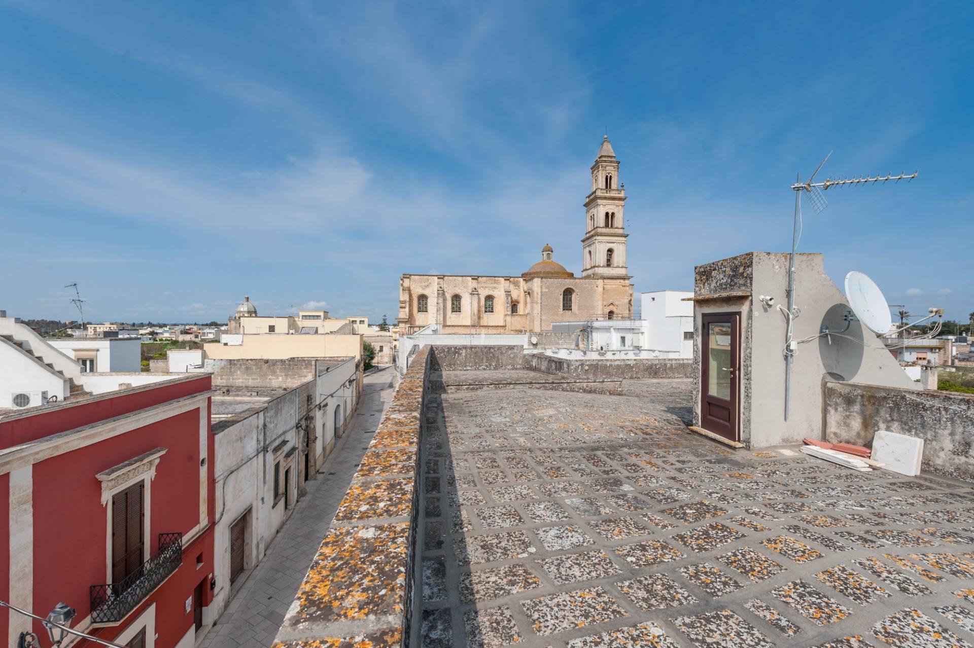Palazzo in Affitto a Lequile: 5 locali, 500 mq - Foto 18