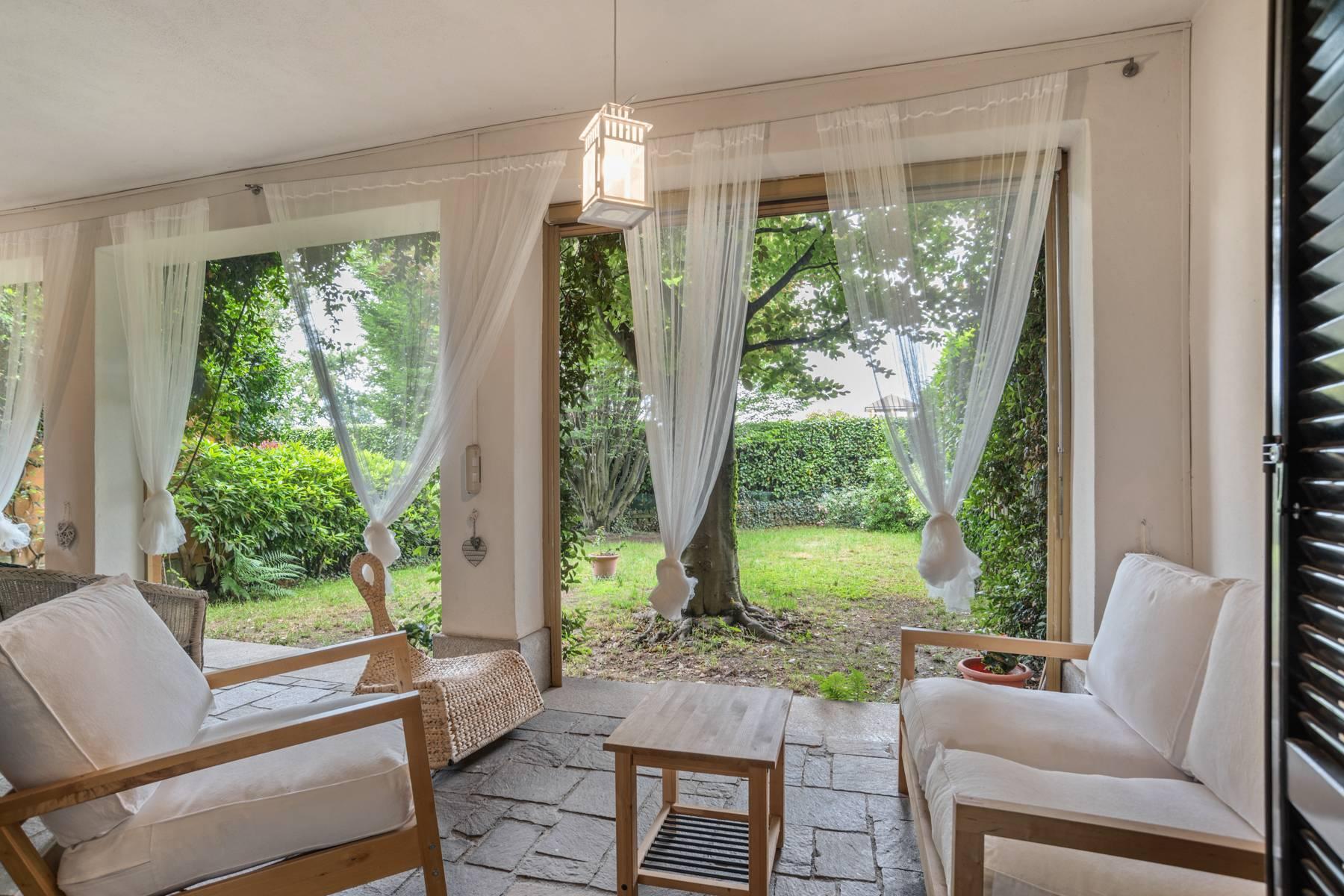 Villa in Vendita a Agrate Conturbia via castelconturbia