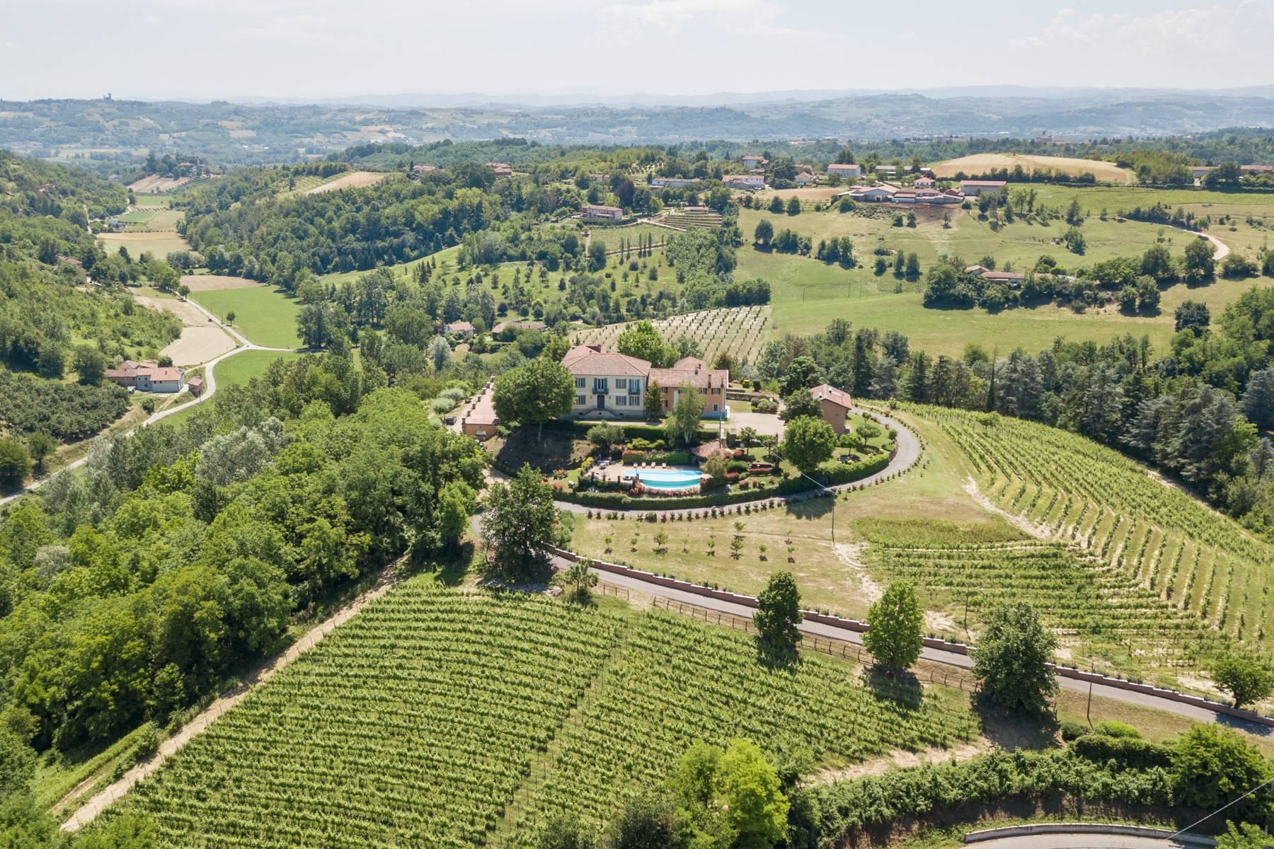 Villa in Vendita a Asti: 5 locali, 1700 mq - Foto 4