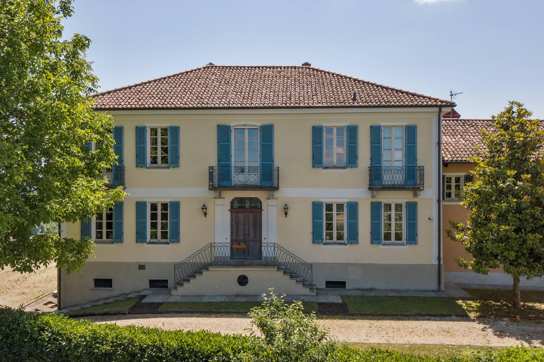 Villa in Vendita a Asti: 5 locali, 1700 mq - Foto 2
