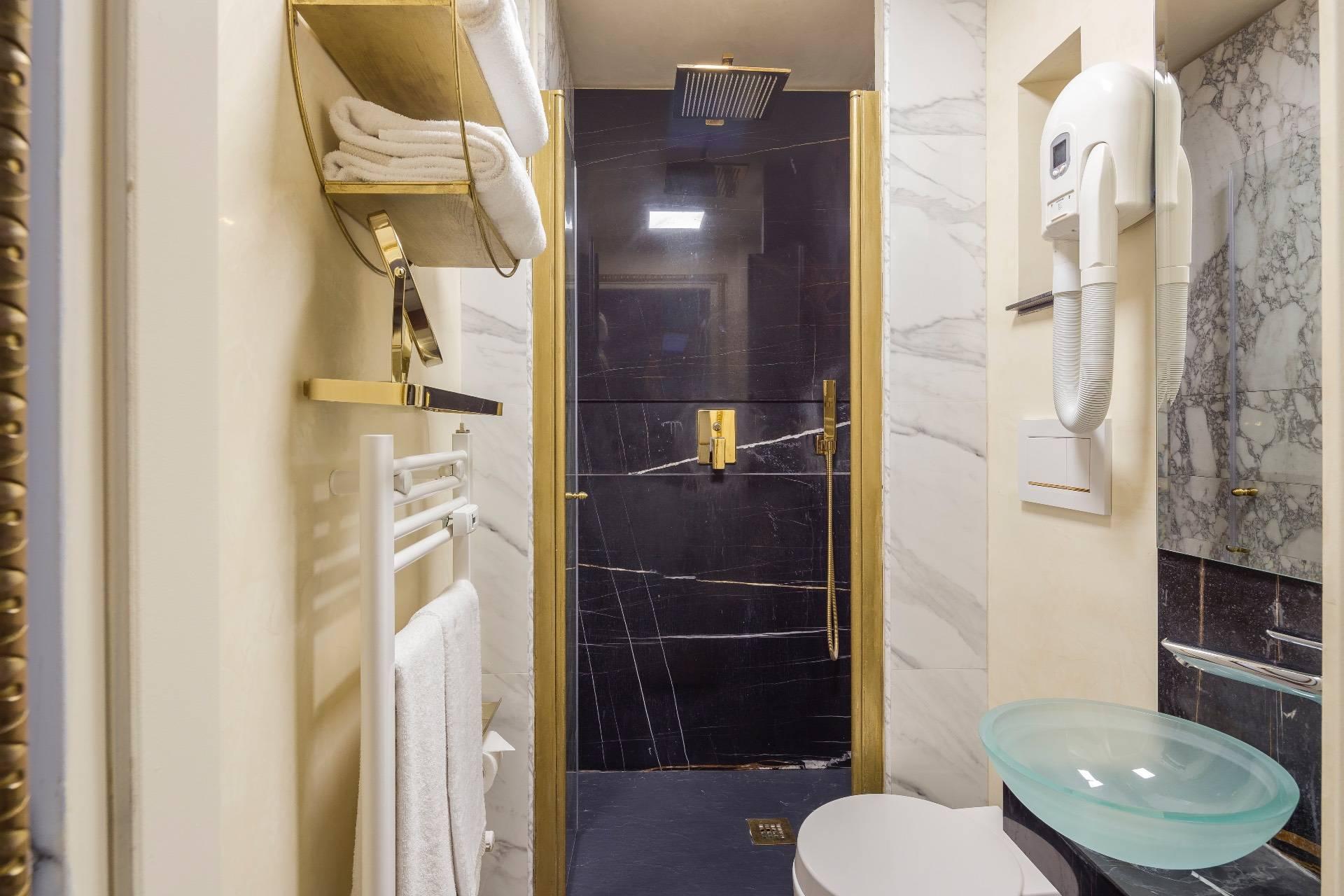Appartamento in Vendita a Milano: 5 locali, 250 mq - Foto 22
