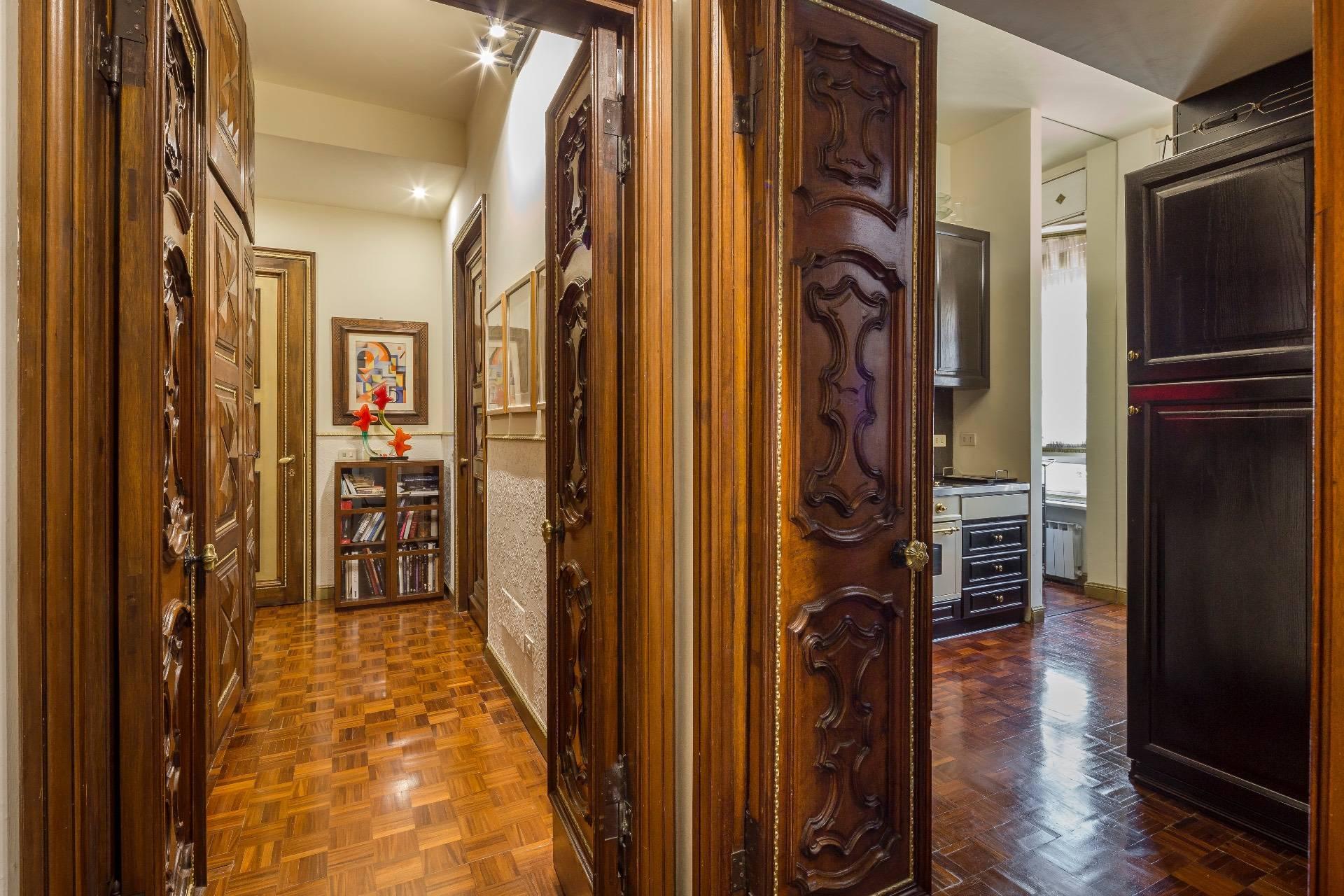 Appartamento in Vendita a Milano: 5 locali, 250 mq - Foto 24