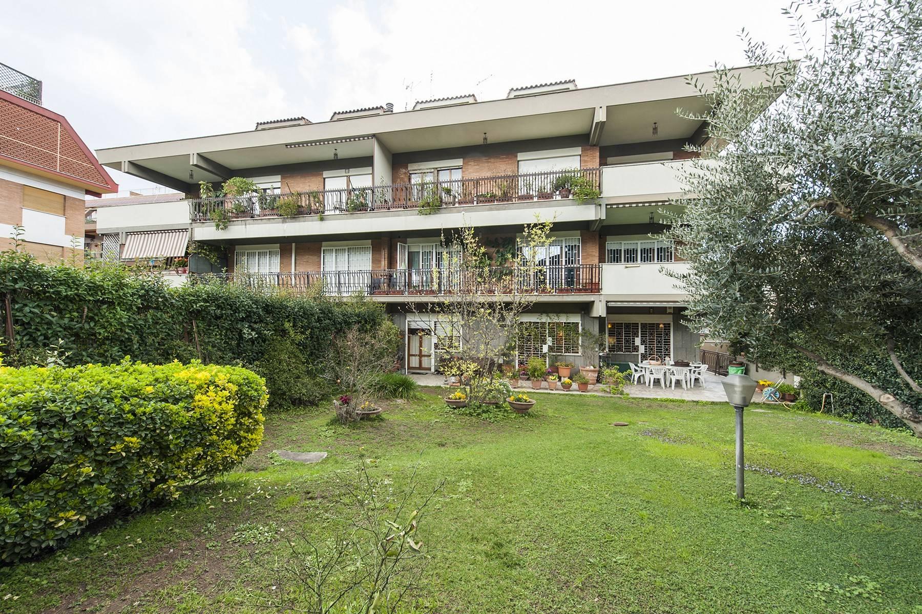 Appartamento in Vendita a Roma: 5 locali, 130 mq - Foto 2