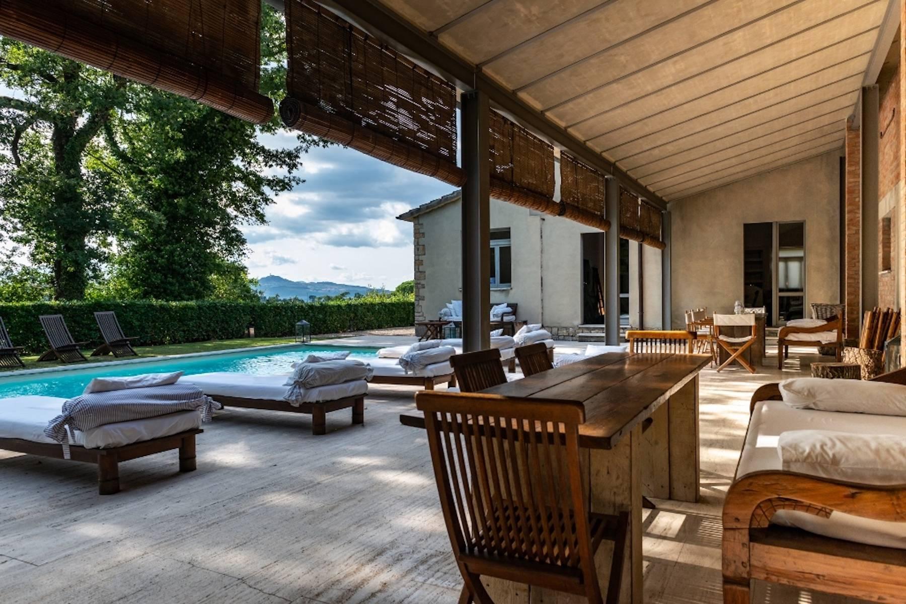 Villa in Vendita a San Casciano Dei Bagni: 5 locali, 600 mq - Foto 2