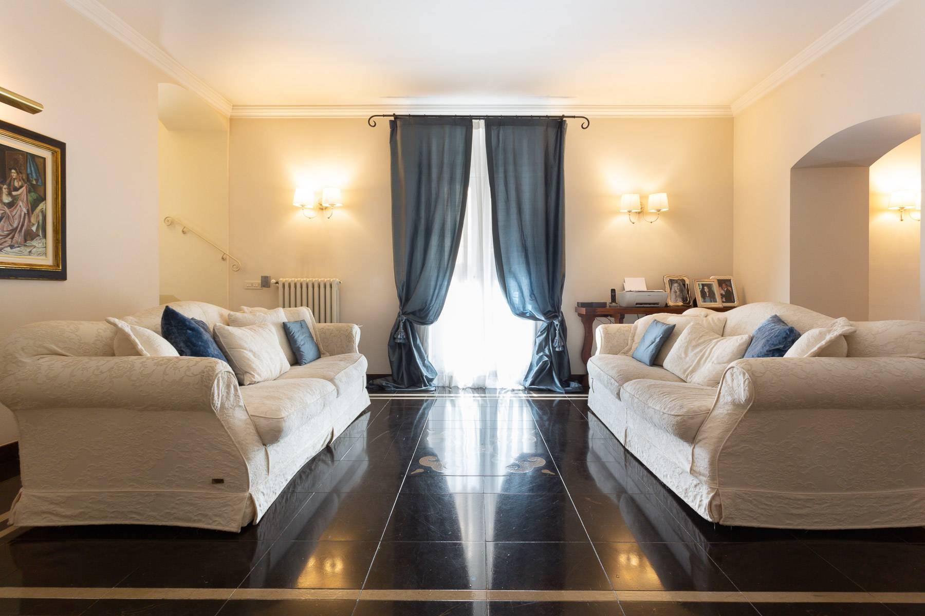 Casa indipendente in Vendita a Ragusa: 5 locali, 200 mq - Foto 2