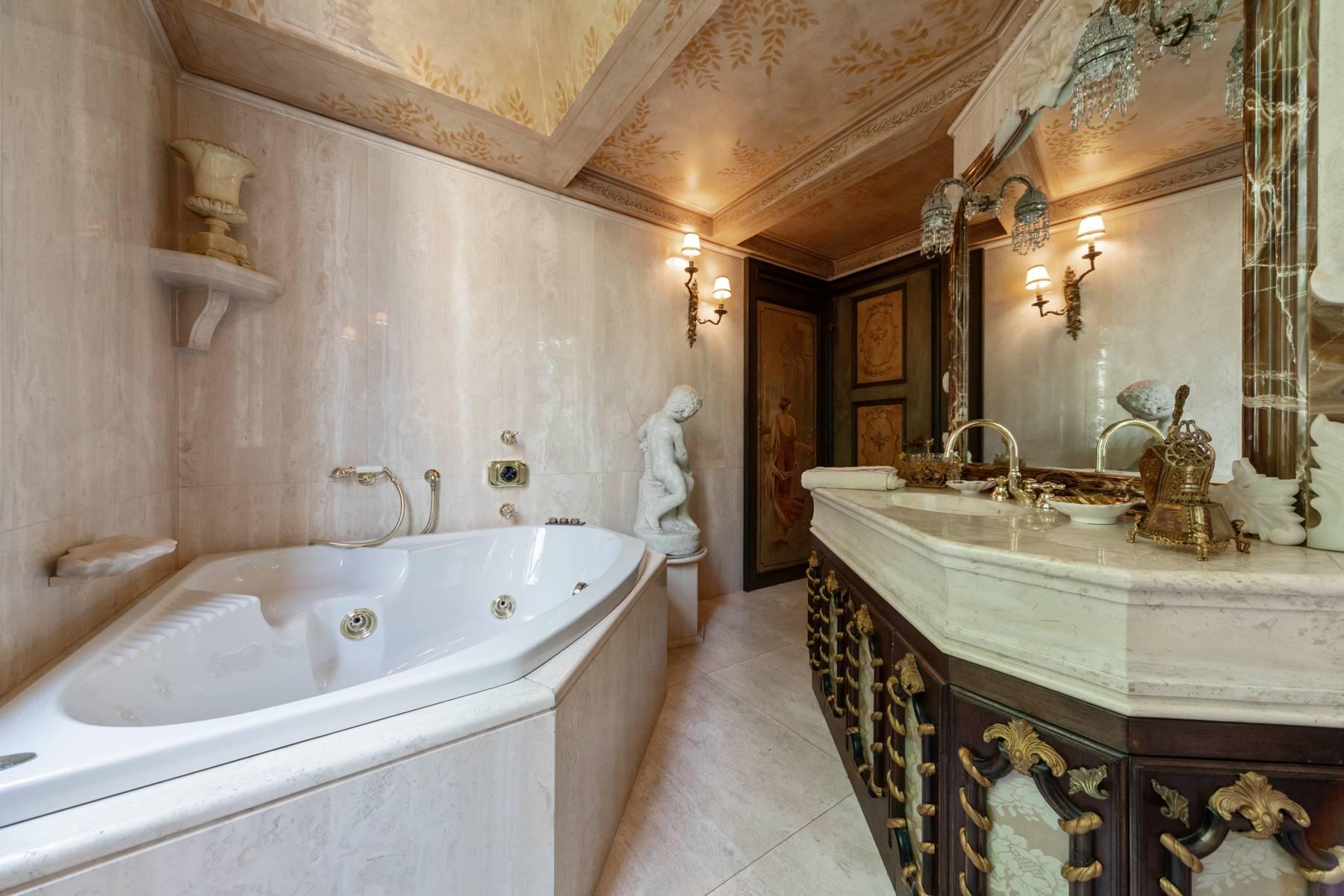 Appartamento in Vendita a Bologna: 5 locali, 800 mq - Foto 15