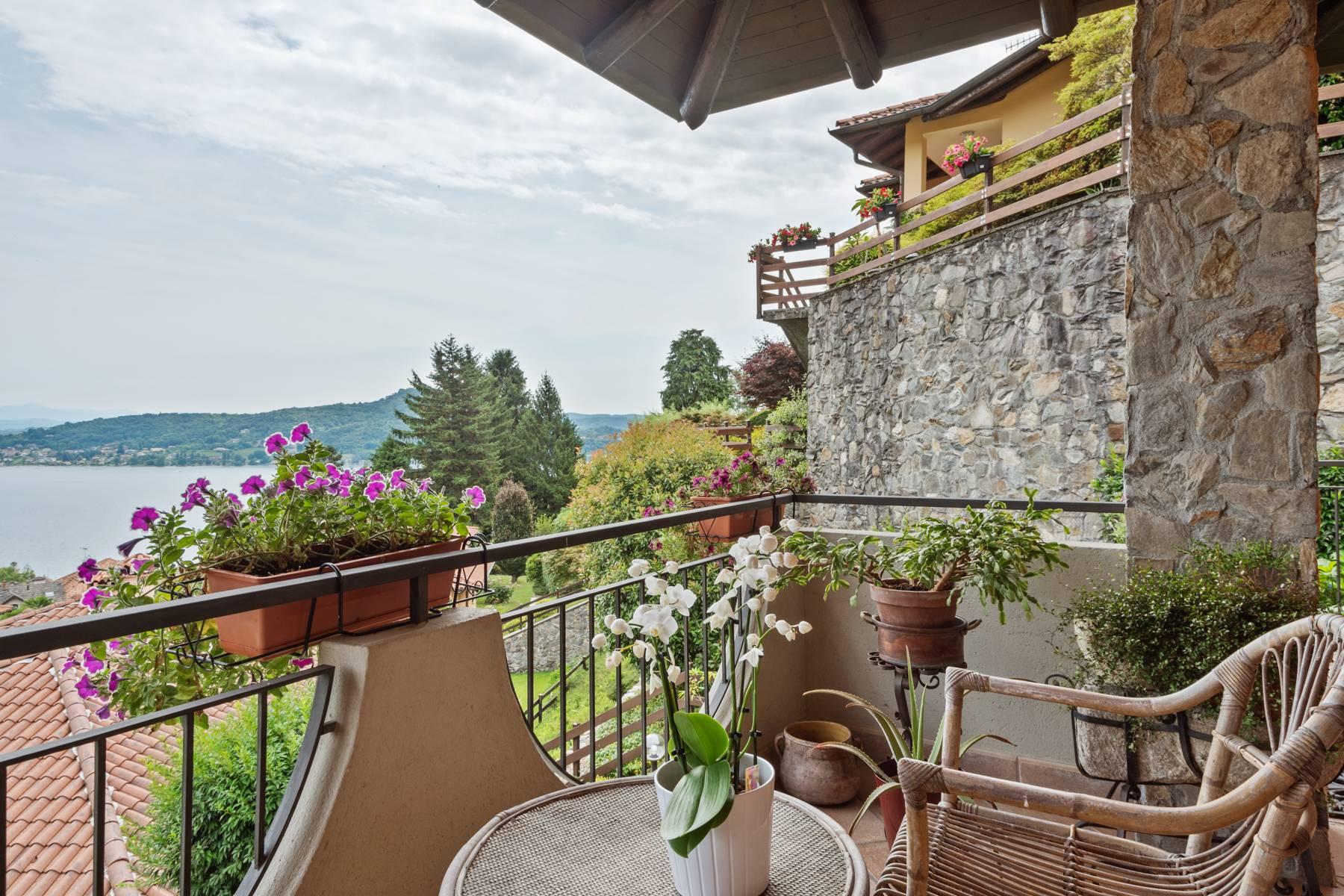 Villa in Vendita a Meina: 4 locali, 300 mq - Foto 2