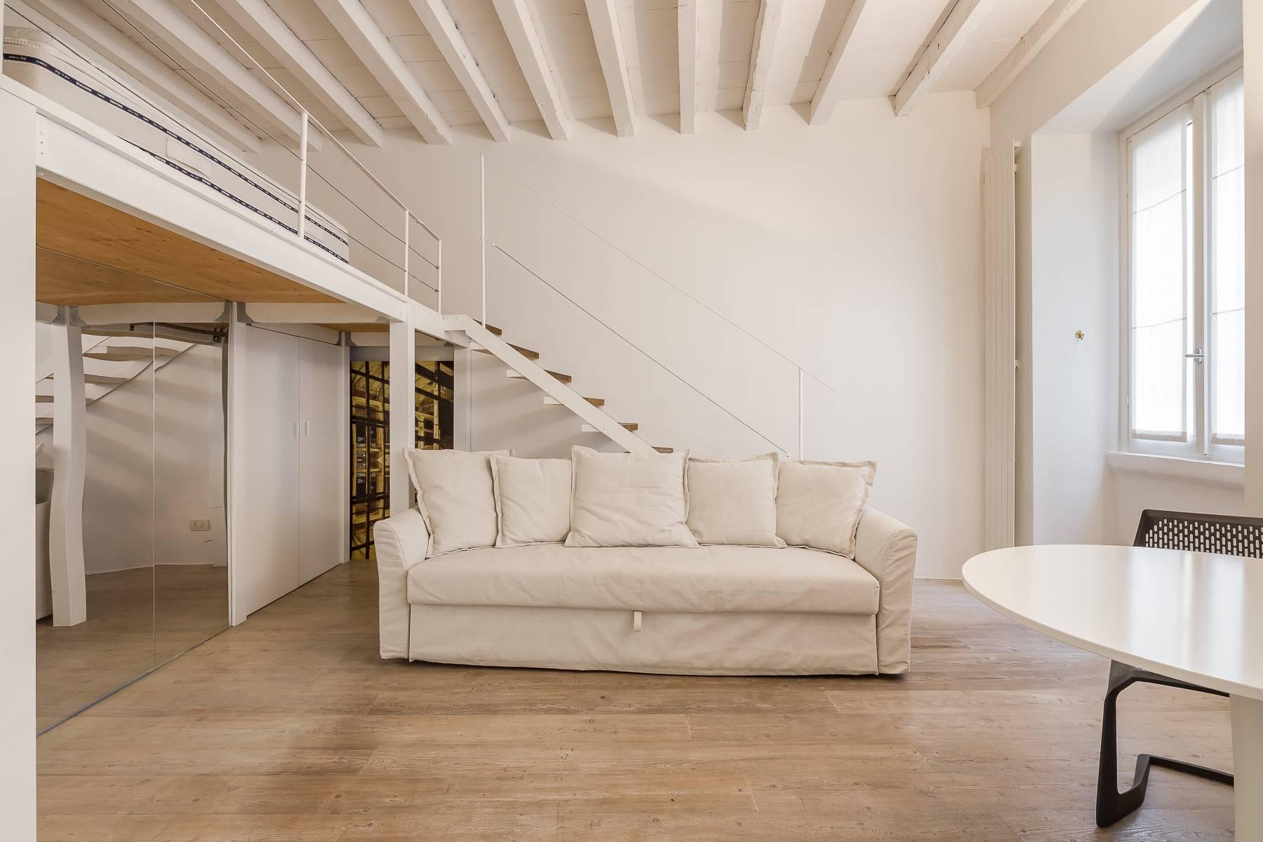 Appartamento in Affitto a Milano via madonnina