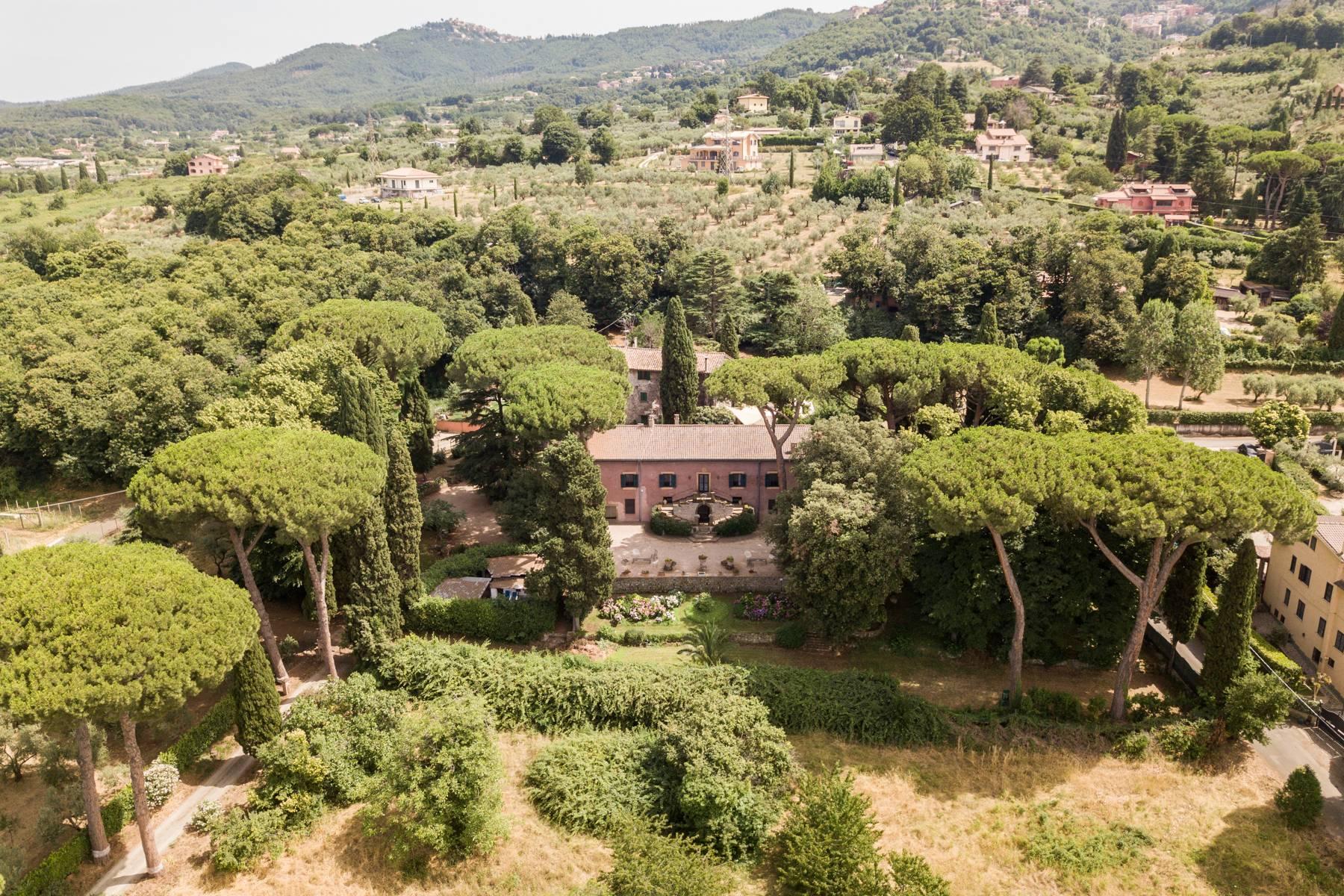 Villa in Vendita a Frascati casa via casale mazzini