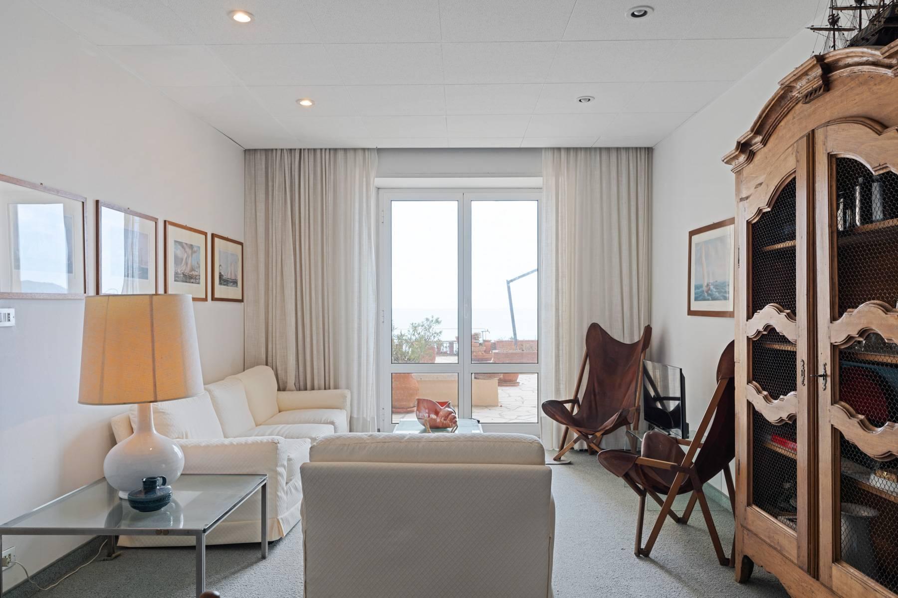 Appartamento in Vendita a Alassio: 5 locali, 150 mq - Foto 2