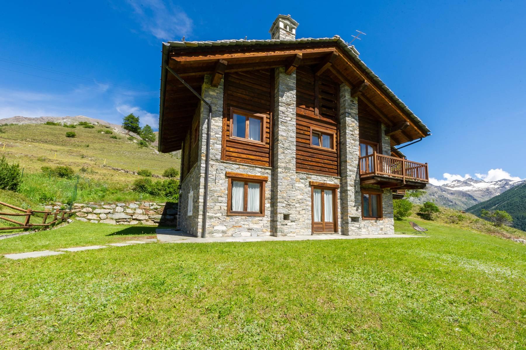 Villa in Vendita a Cogne frazione gimillan