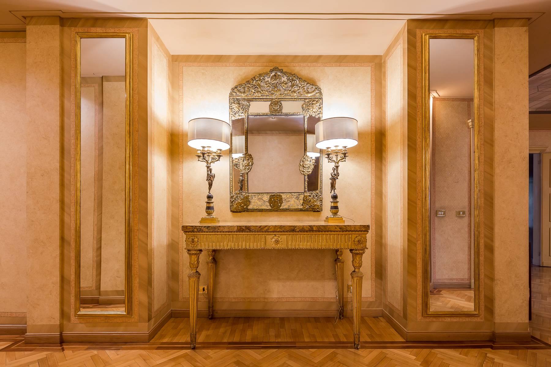 Appartamento in Vendita a Milano: 5 locali, 470 mq - Foto 5