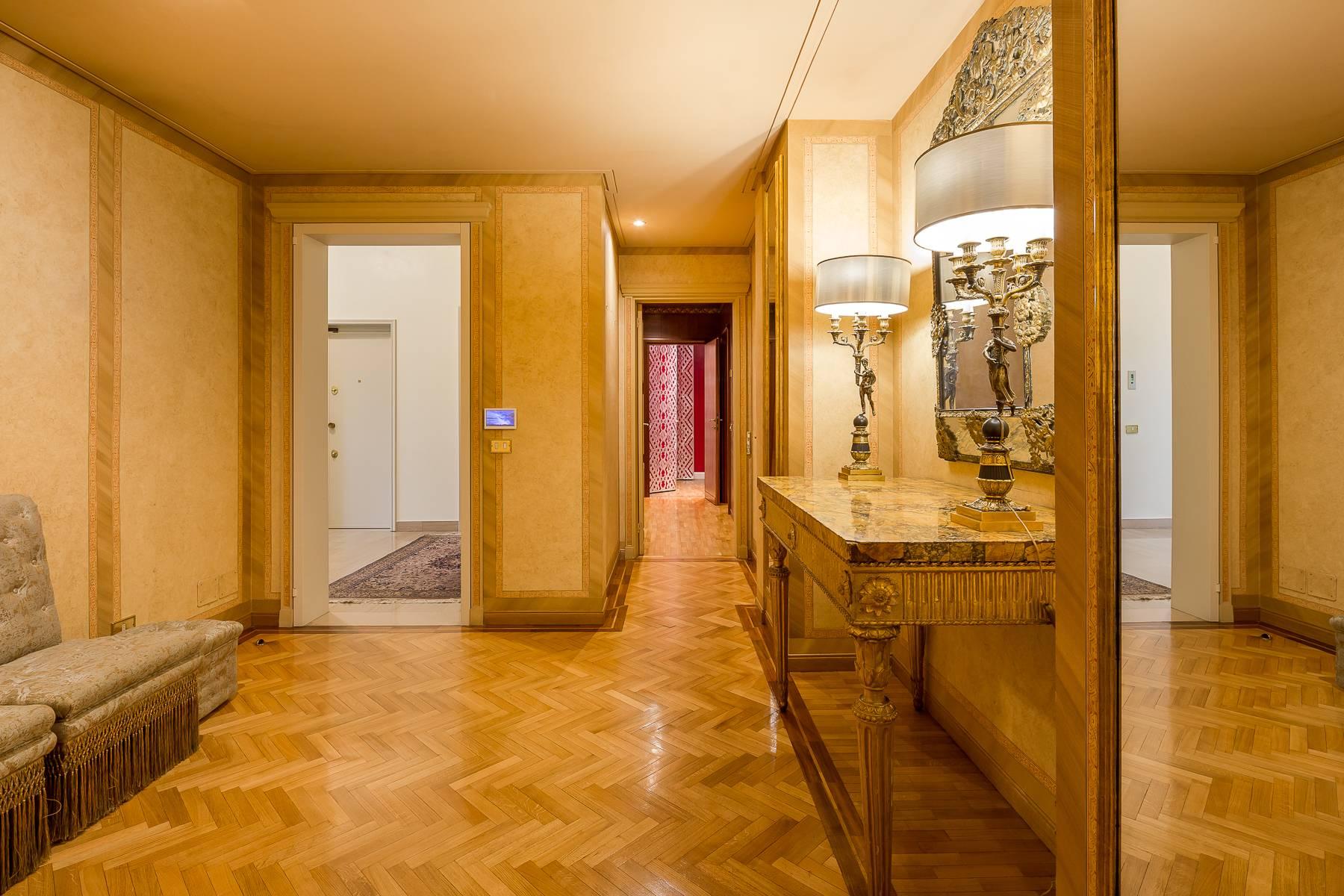 Appartamento in Vendita a Milano: 5 locali, 470 mq - Foto 17