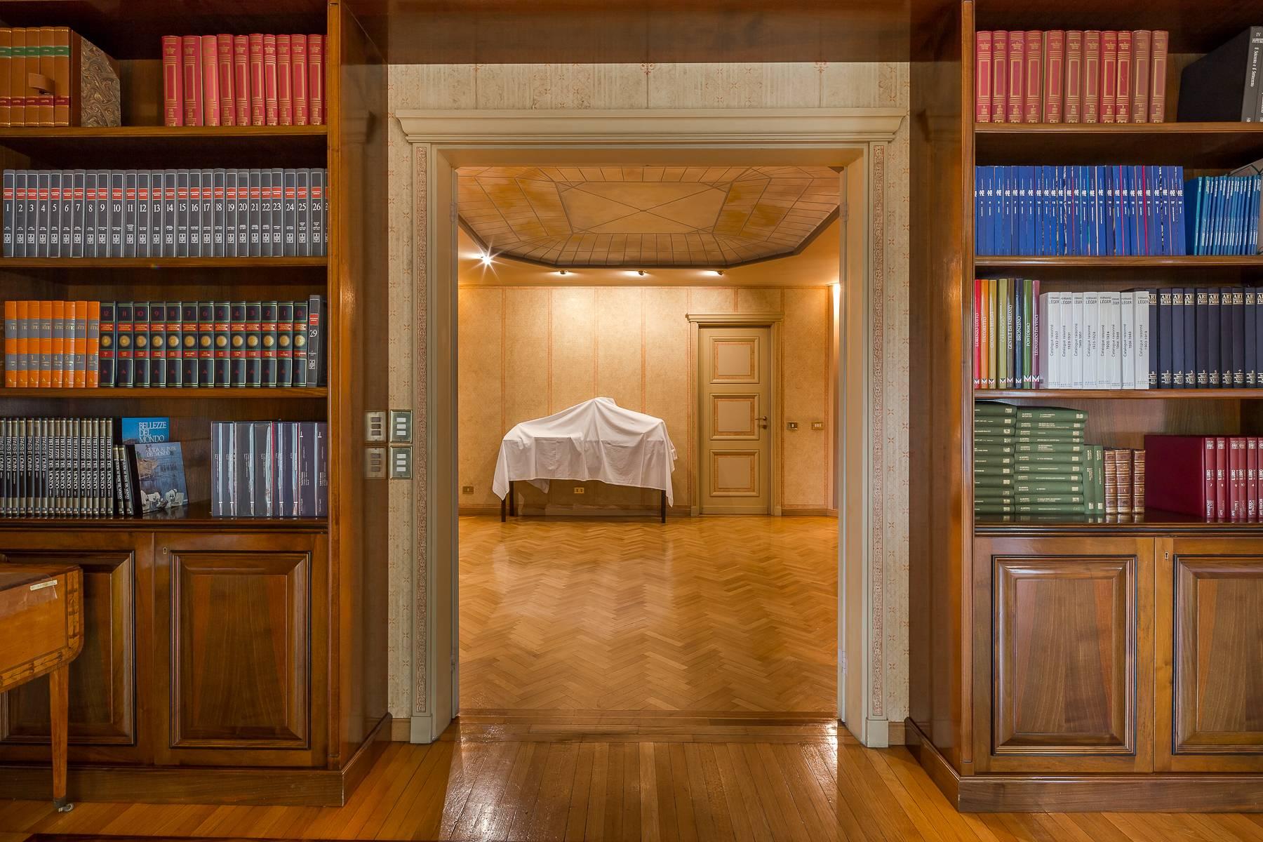 Appartamento in Vendita a Milano: 5 locali, 470 mq - Foto 8