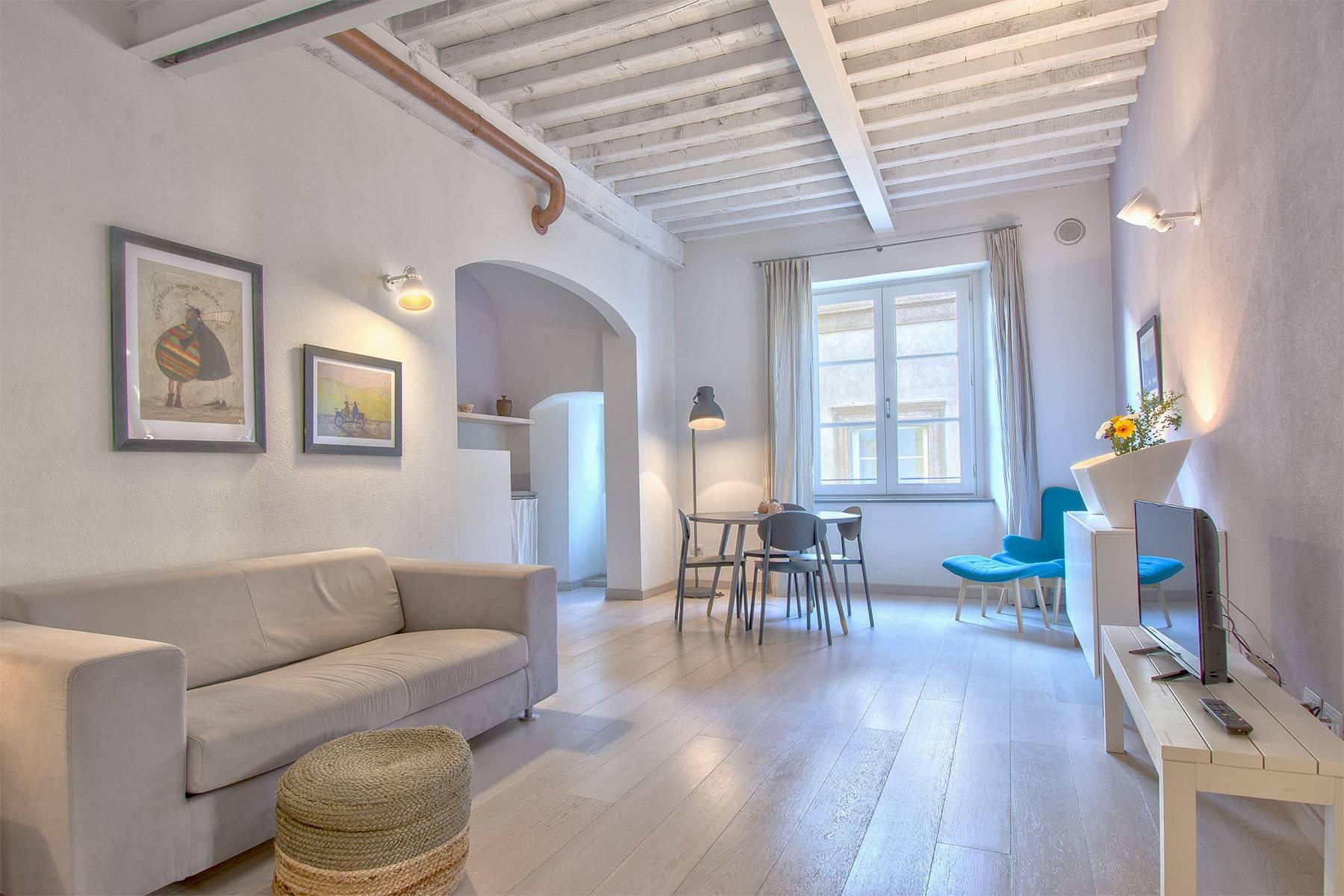 Appartamento in Vendita a Lucca via santa giustina
