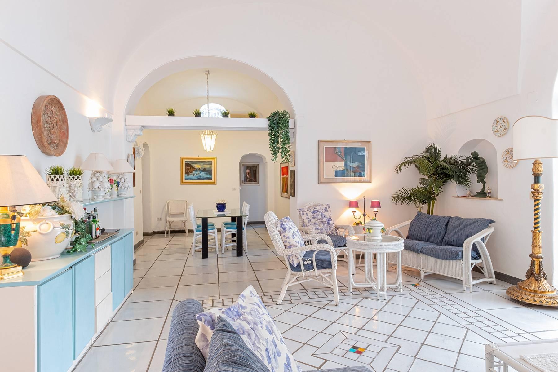 Villa in Vendita a Capri: 5 locali, 230 mq - Foto 8