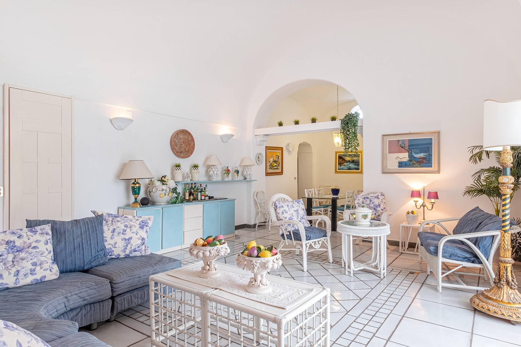 Villa in Vendita a Capri: 5 locali, 230 mq - Foto 9