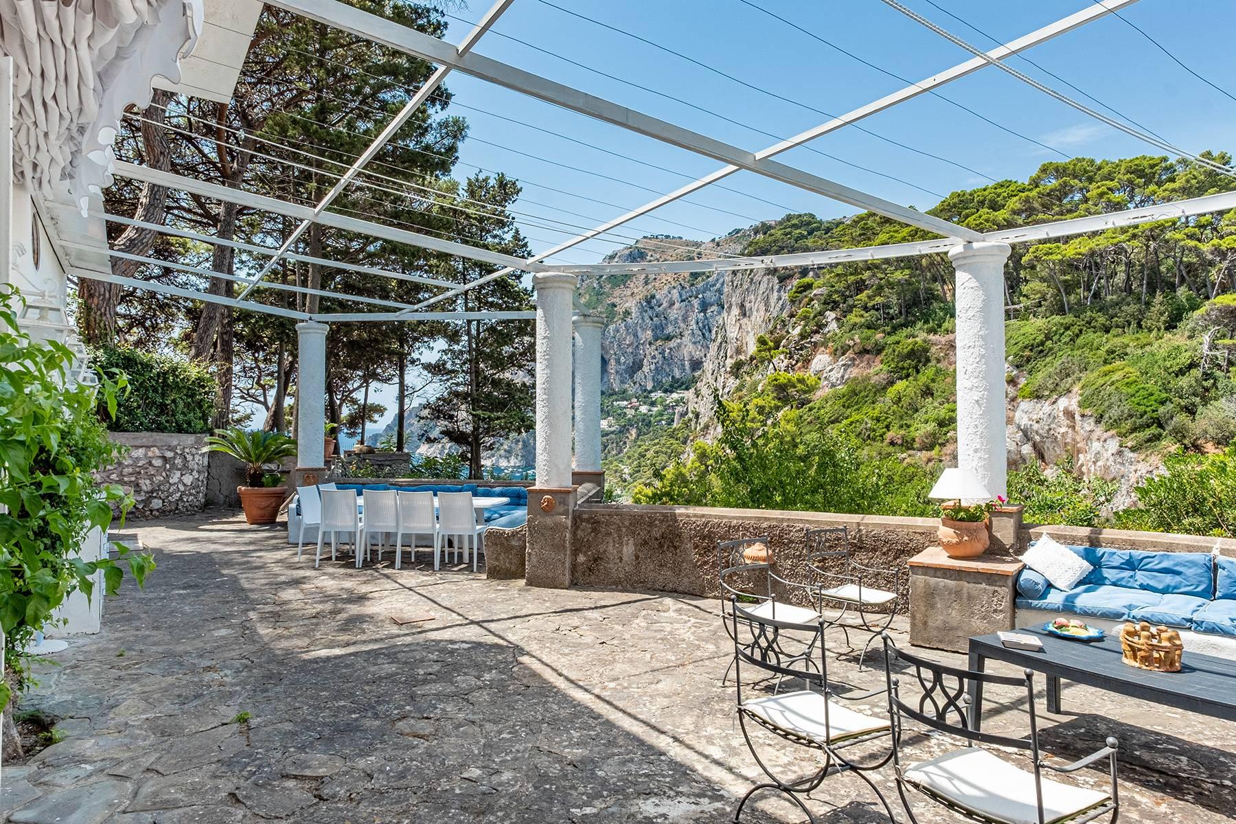 Villa in Vendita a Capri: 5 locali, 230 mq - Foto 2