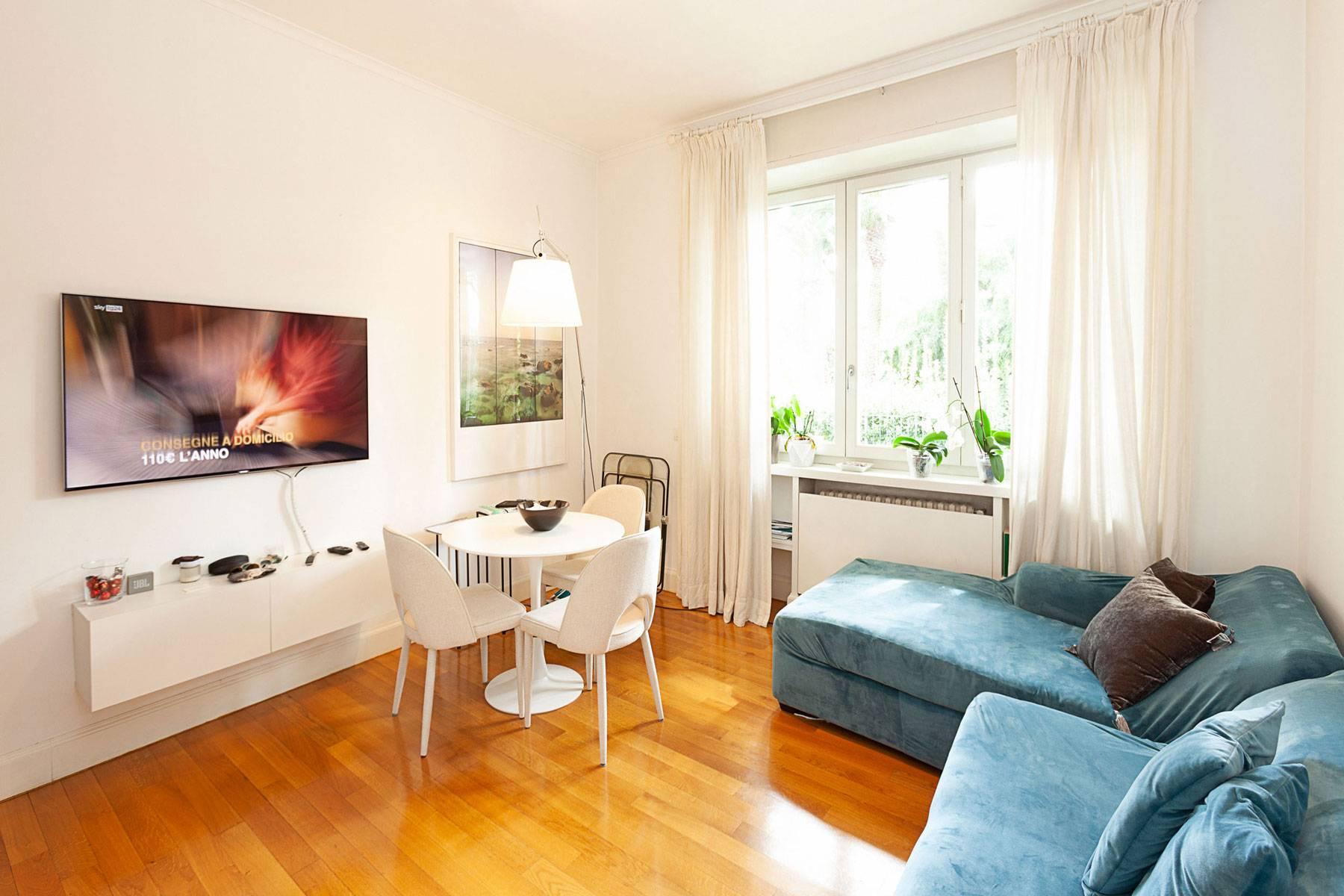 Appartamento in Affitto a Roma via paolo frisi