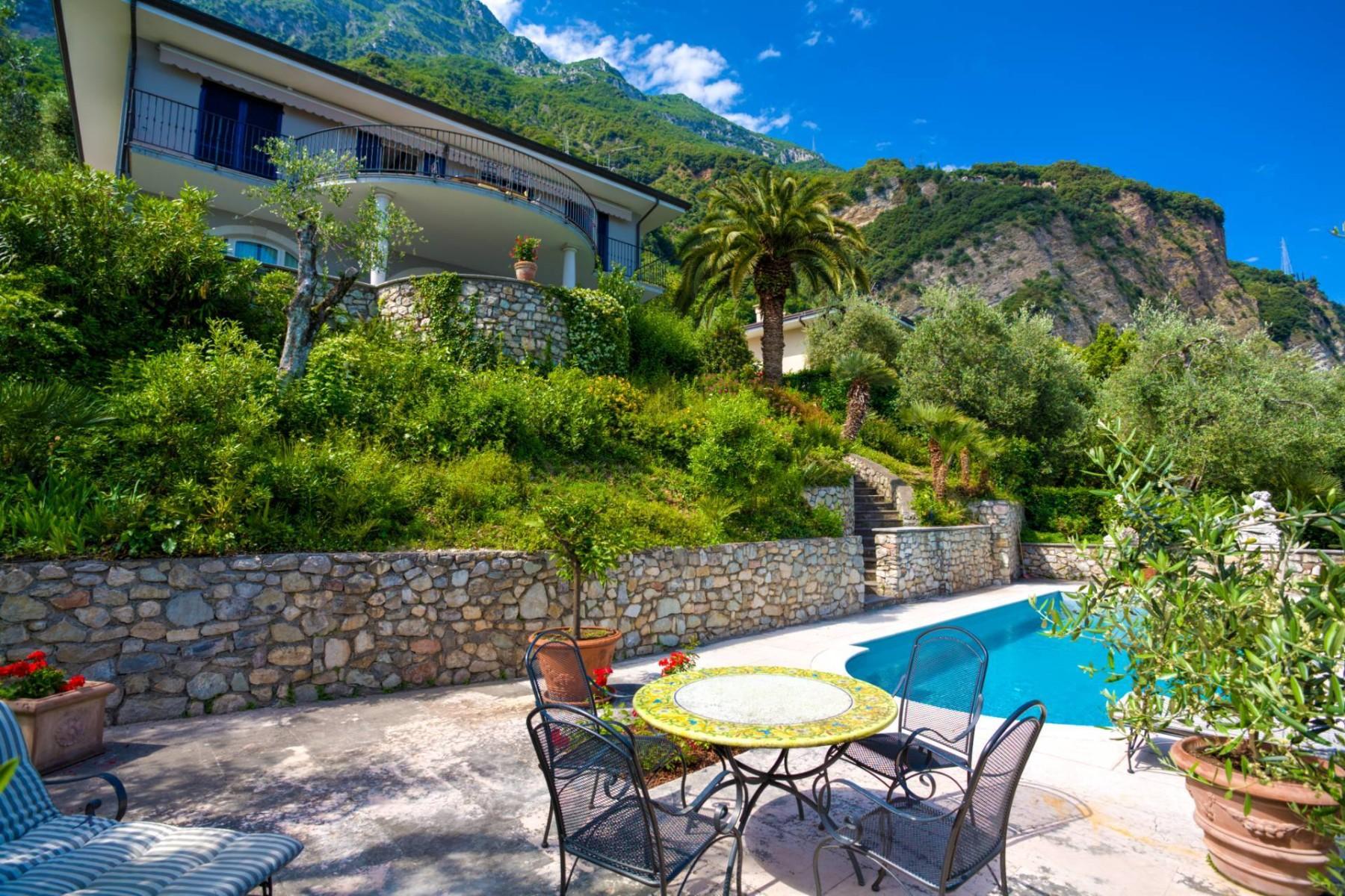 Villa in Vendita a Gargnano: 5 locali, 350 mq - Foto 4