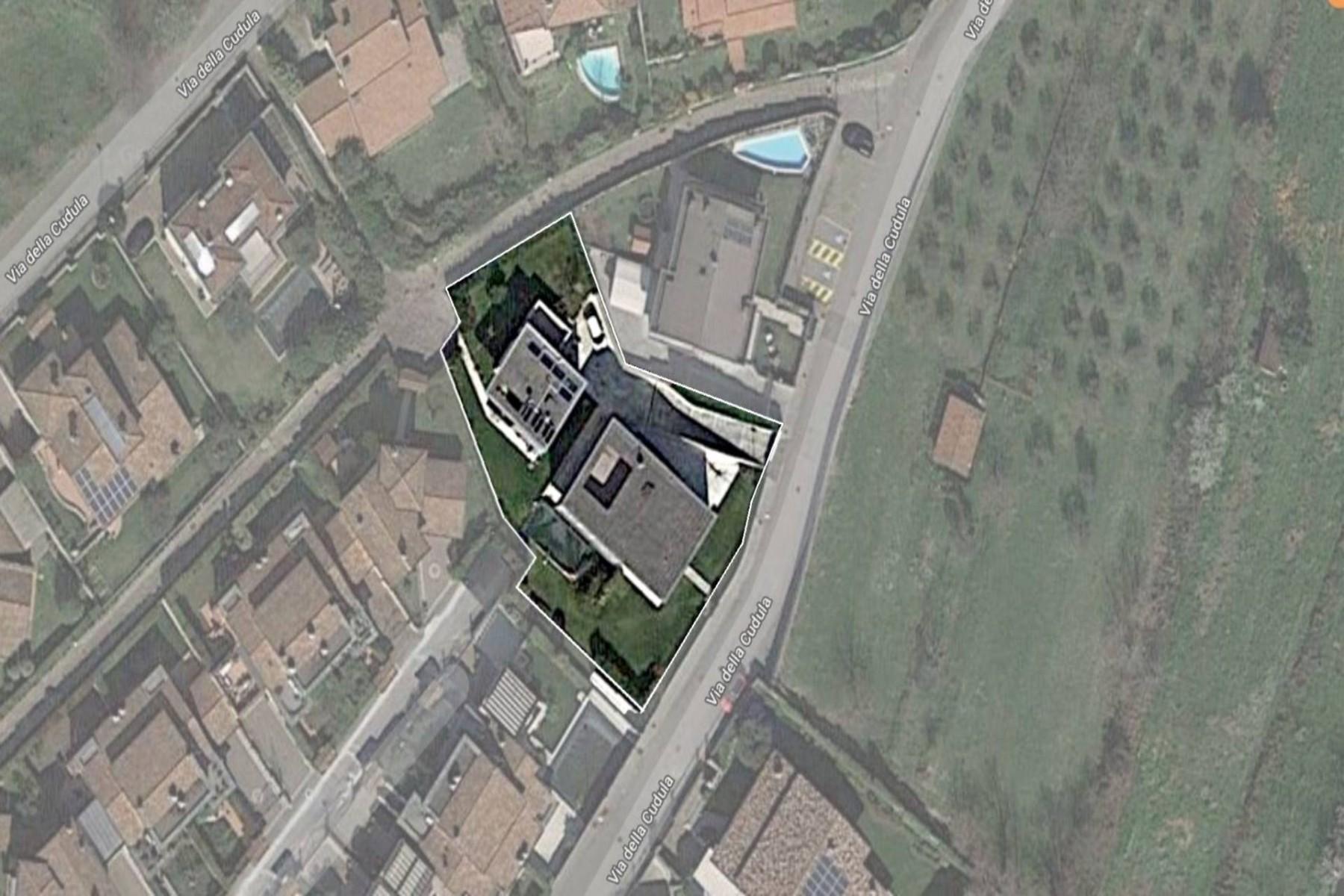 Villa in Vendita a Gussago: 5 locali, 618 mq - Foto 2