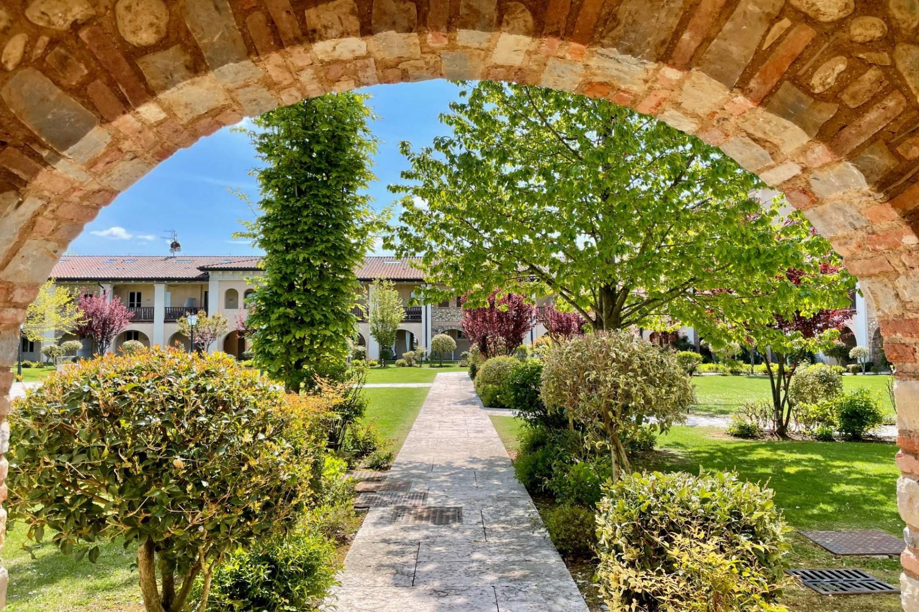 Appartamento in Vendita a Pozzolengo: 2 locali, 67 mq - Foto 2