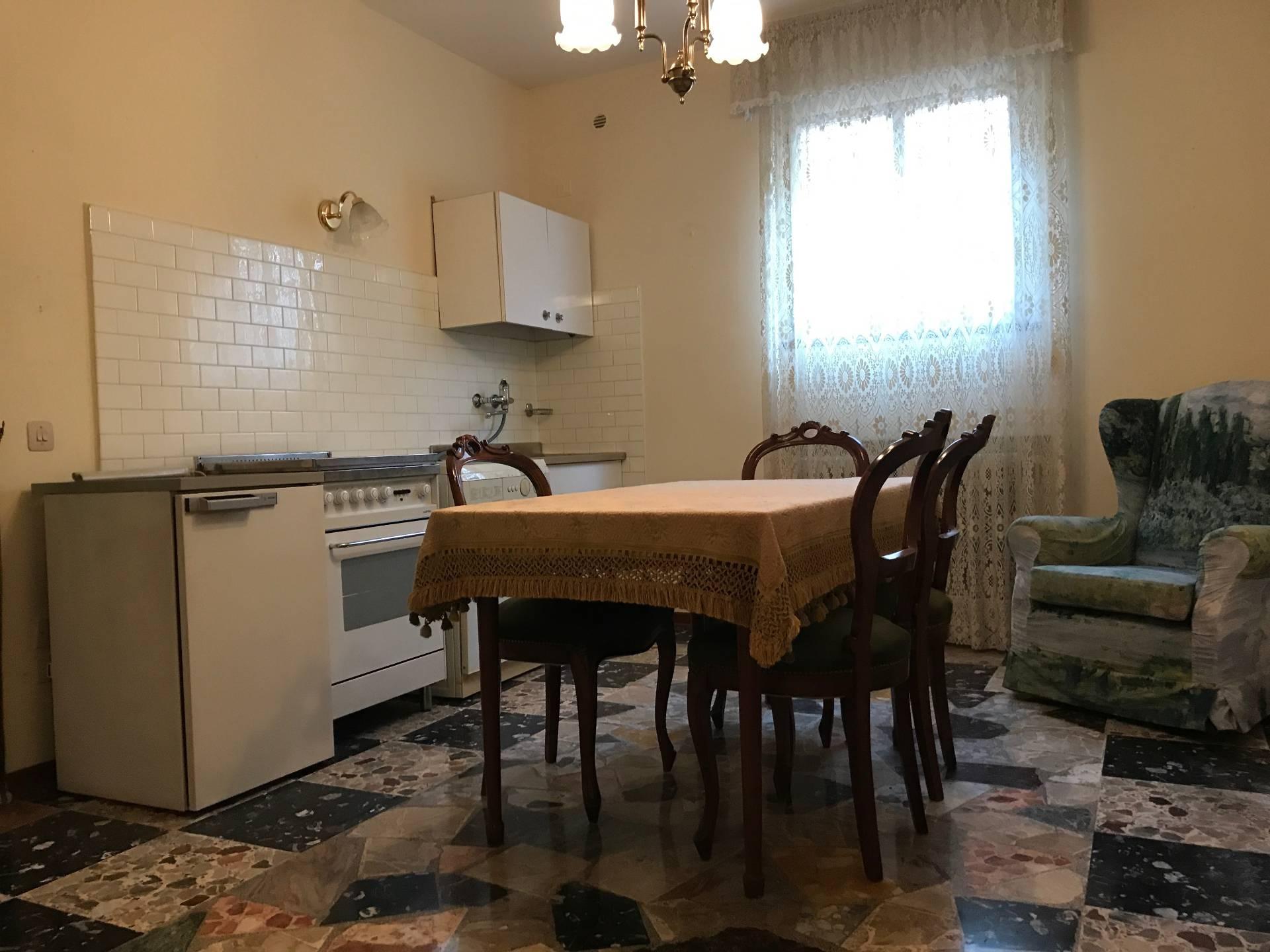 vendita appartamento treviso fuori mura  55000 euro  4 locali  68 mq