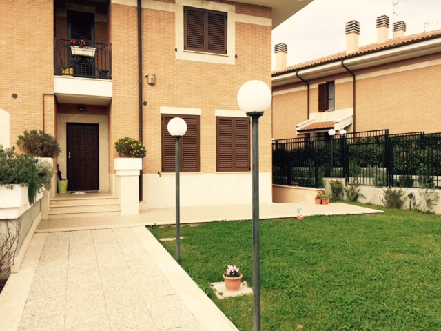 roma vendita quart: trigoria volpes case srl