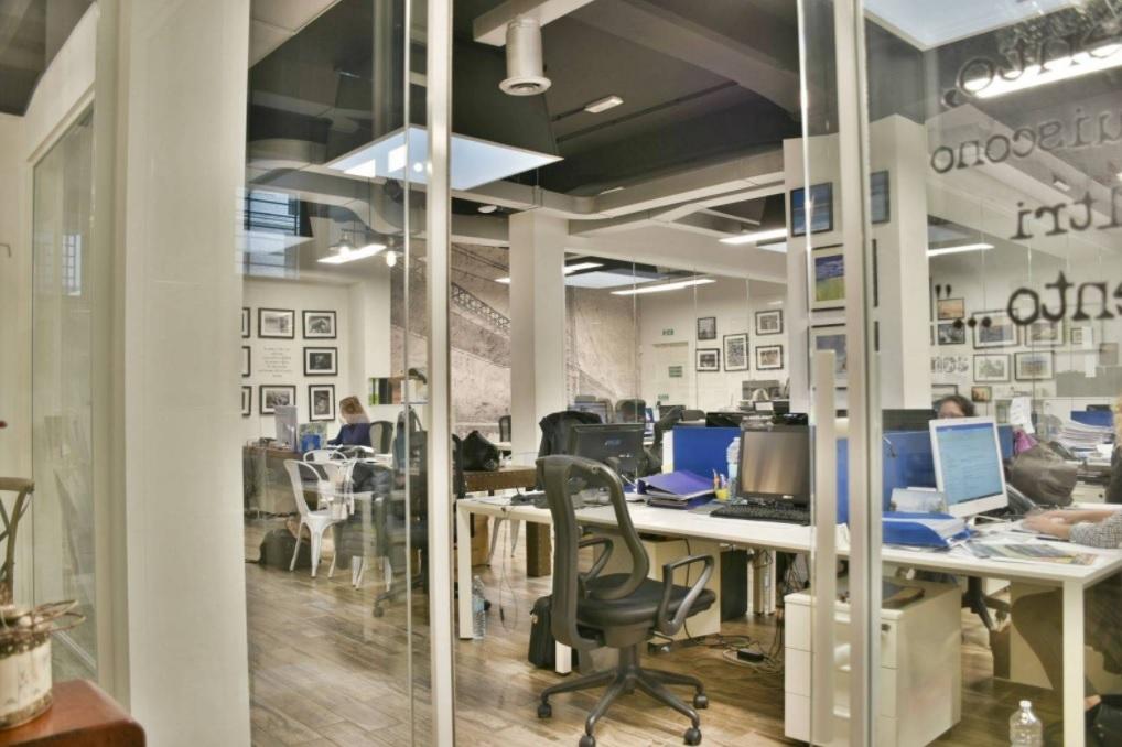 vendita ufficio milano p.ta venezia  1290000 euro  277 mq