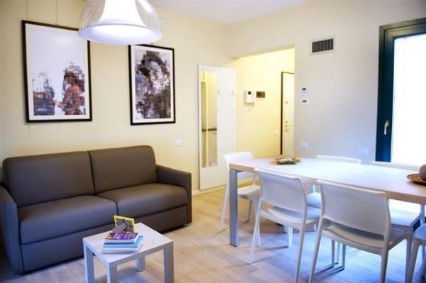 vendita appartamento milano isola  260000 euro  2 locali  65 mq