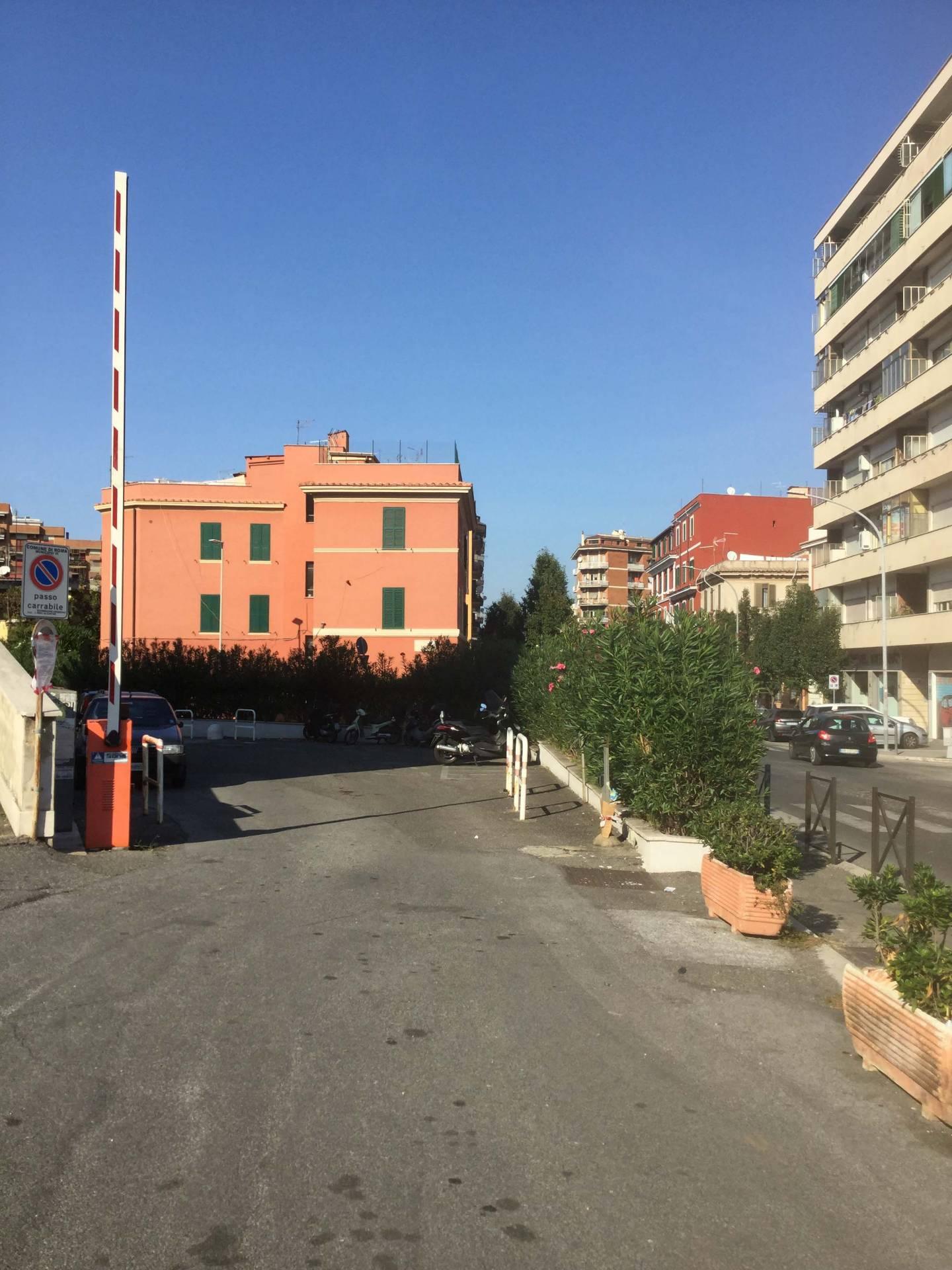 Box / Garage in vendita a Roma, 1 locali, zona Località: Casilina, prezzo € 50.000 | CambioCasa.it