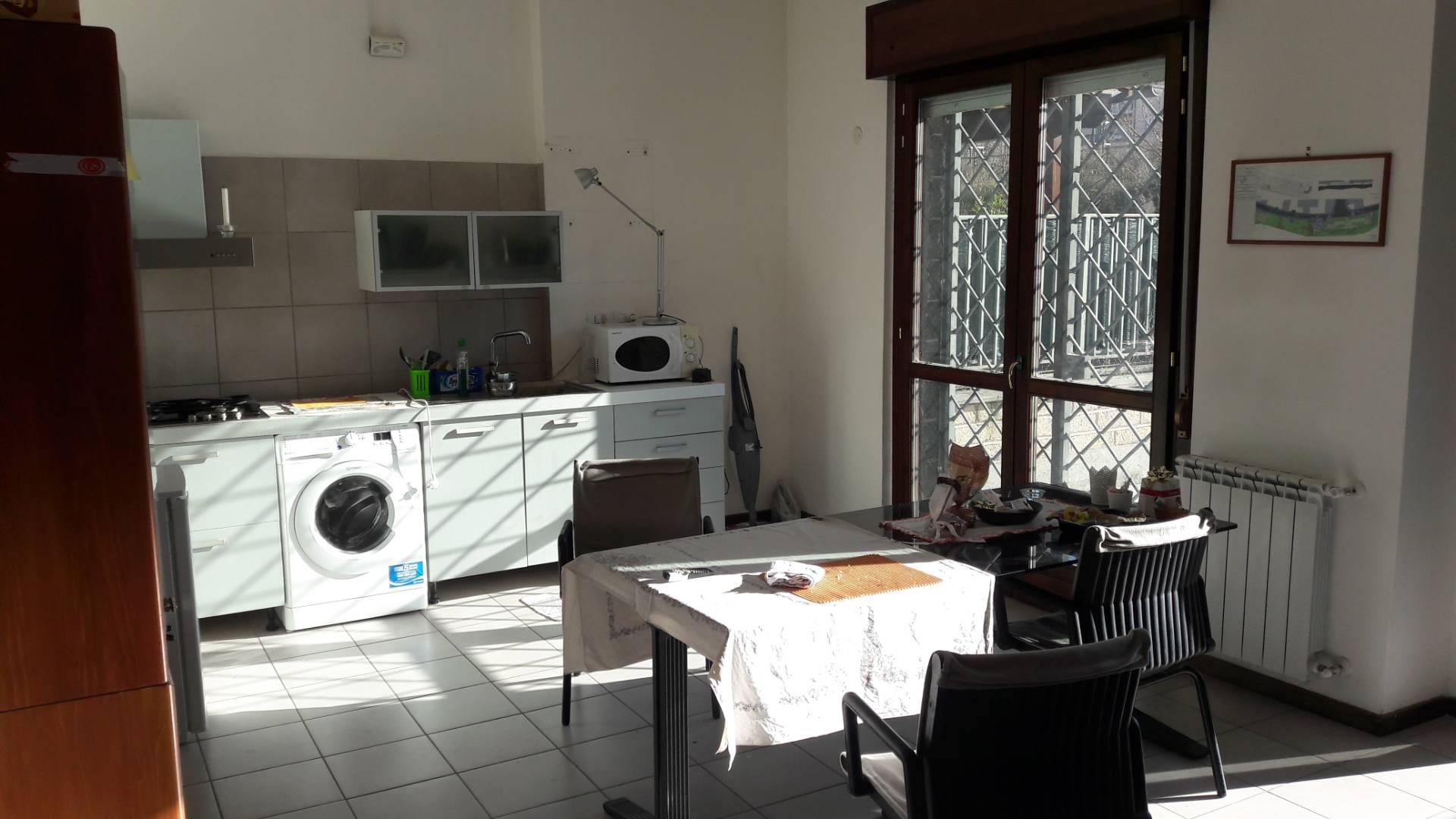 roma vendita quart: porta di roma volpes case srl