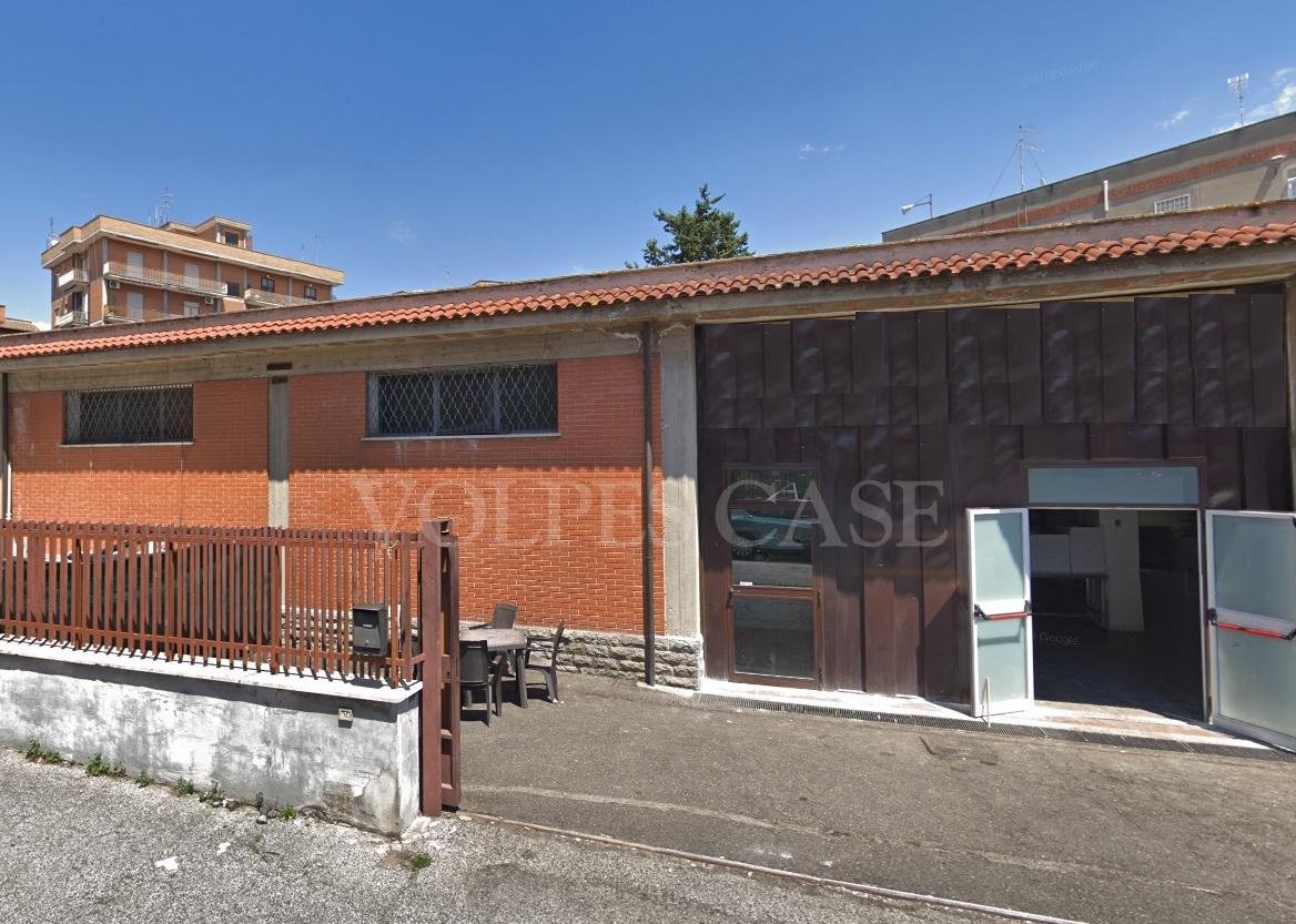 Laboratorio in vendita a Roma, 9999 locali, zona Località: Casilina, prezzo € 220.000 | CambioCasa.it