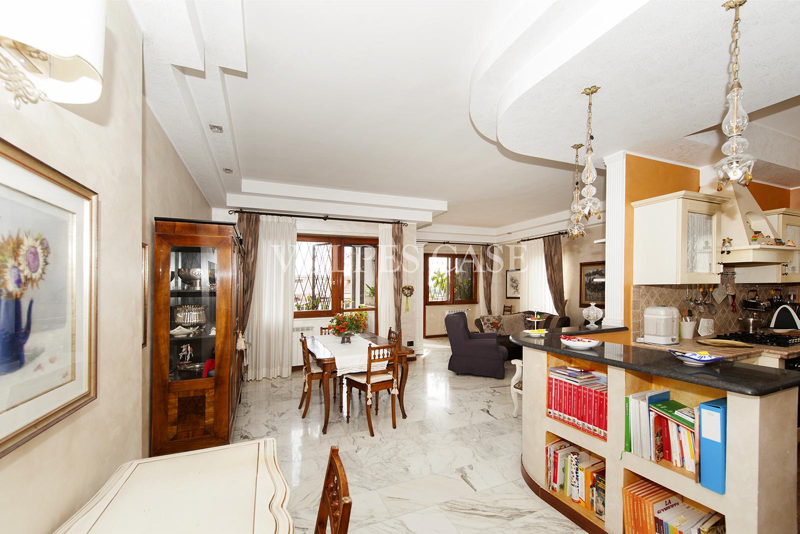 roma vendita quart: montagnola volpes case srl