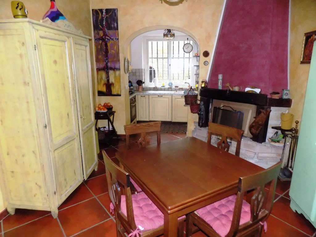 Appartamento in vendita a Lanuvio, 4 locali, prezzo € 185.000 | CambioCasa.it
