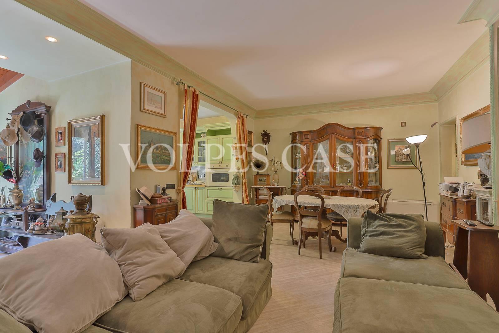 Villa Bifamiliare in vendita a Roma, 5 locali, zona Località: PratoLauro, prezzo € 490.000 | CambioCasa.it